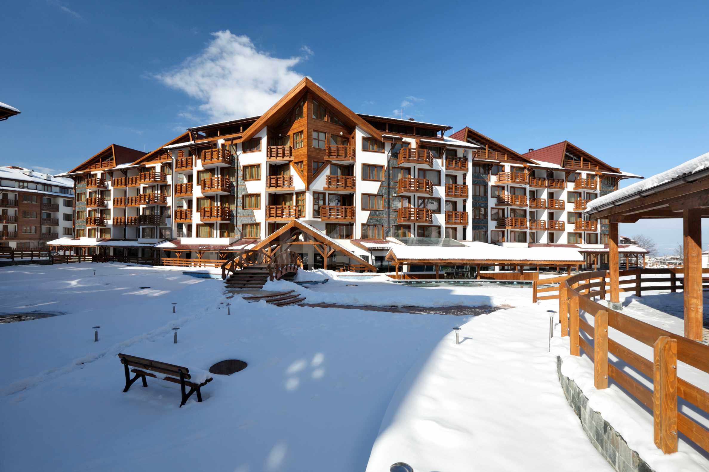 Gated residential complex near the Gondola lift of Bansko ski resort1 - Stonehard