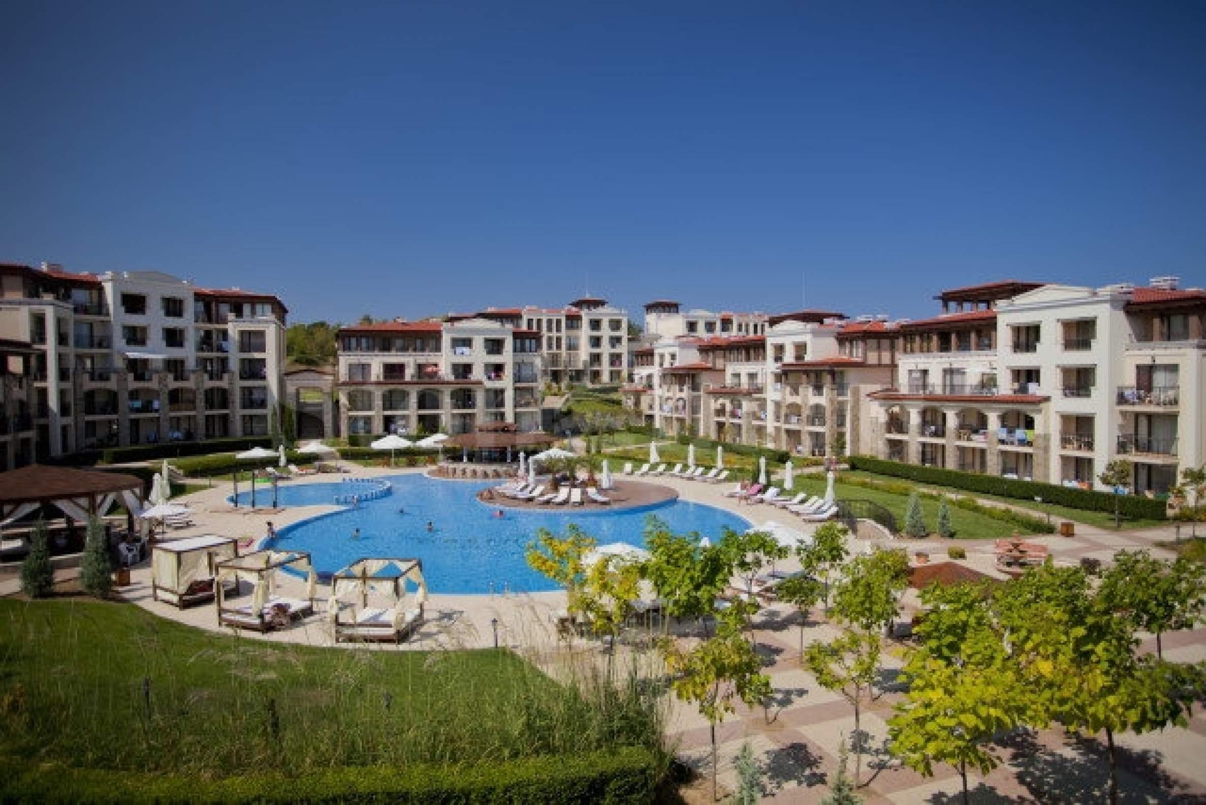 Апартаменти в Green Life Beach Residence на плажа Каваци2 - Stonehard