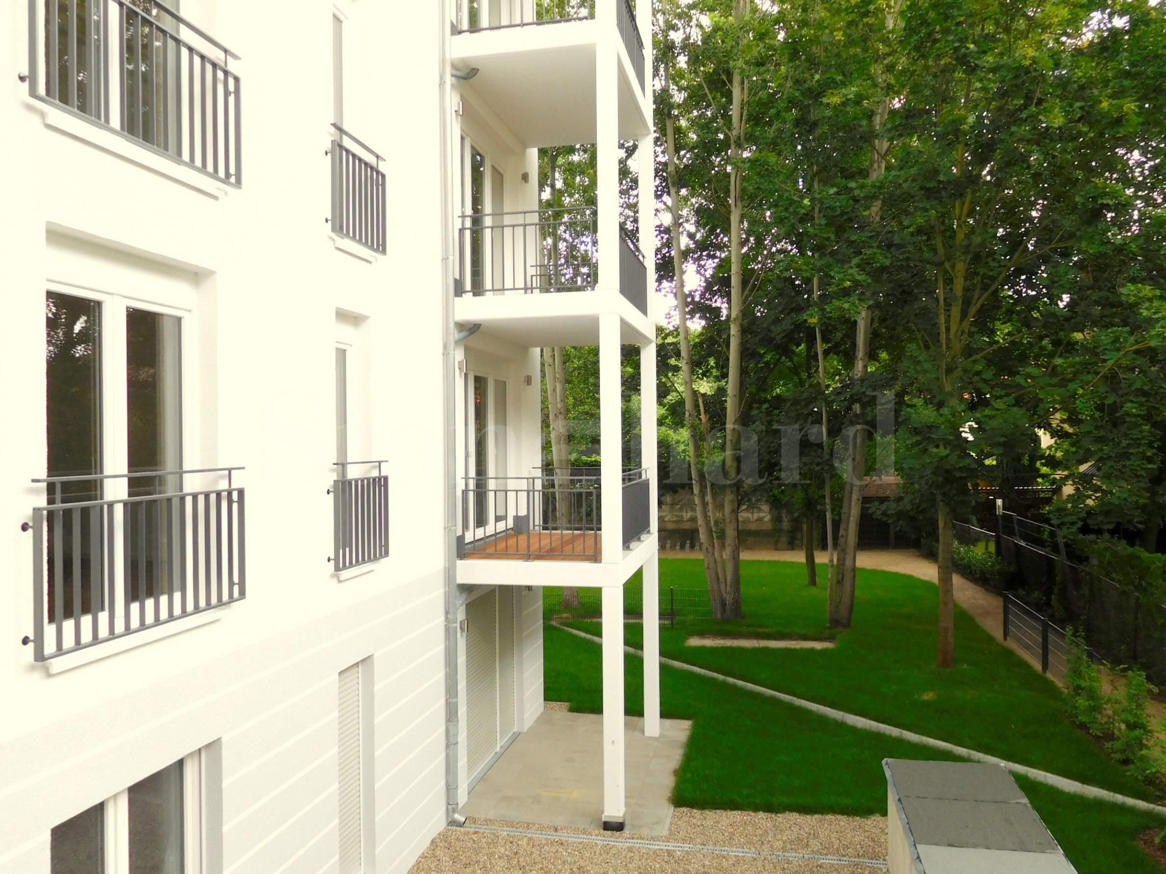 Нова сграда със собствена паркова зона в бързо развиващ се квартал2 - Stonehard