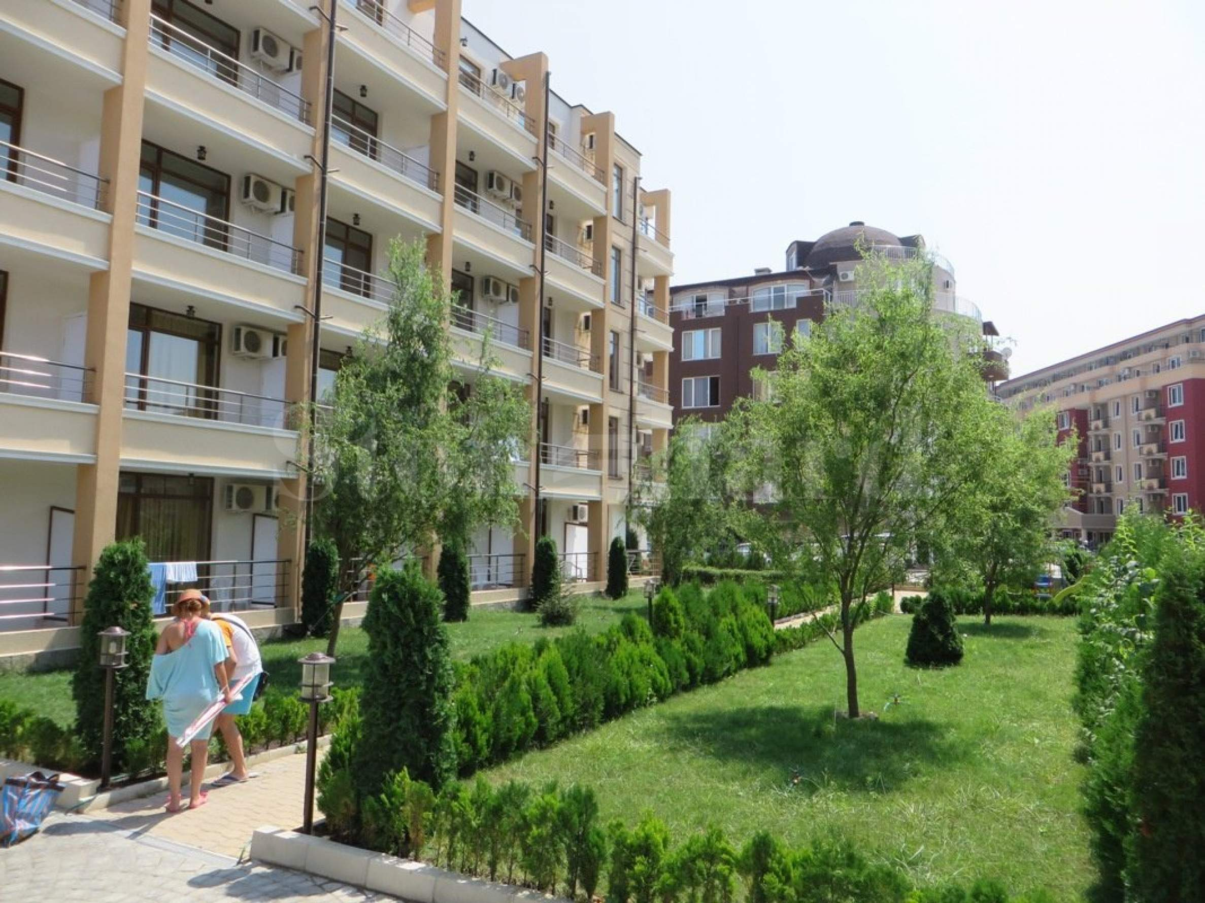 Buy-to-let apartments in beach holiday complex1 - Stonehard