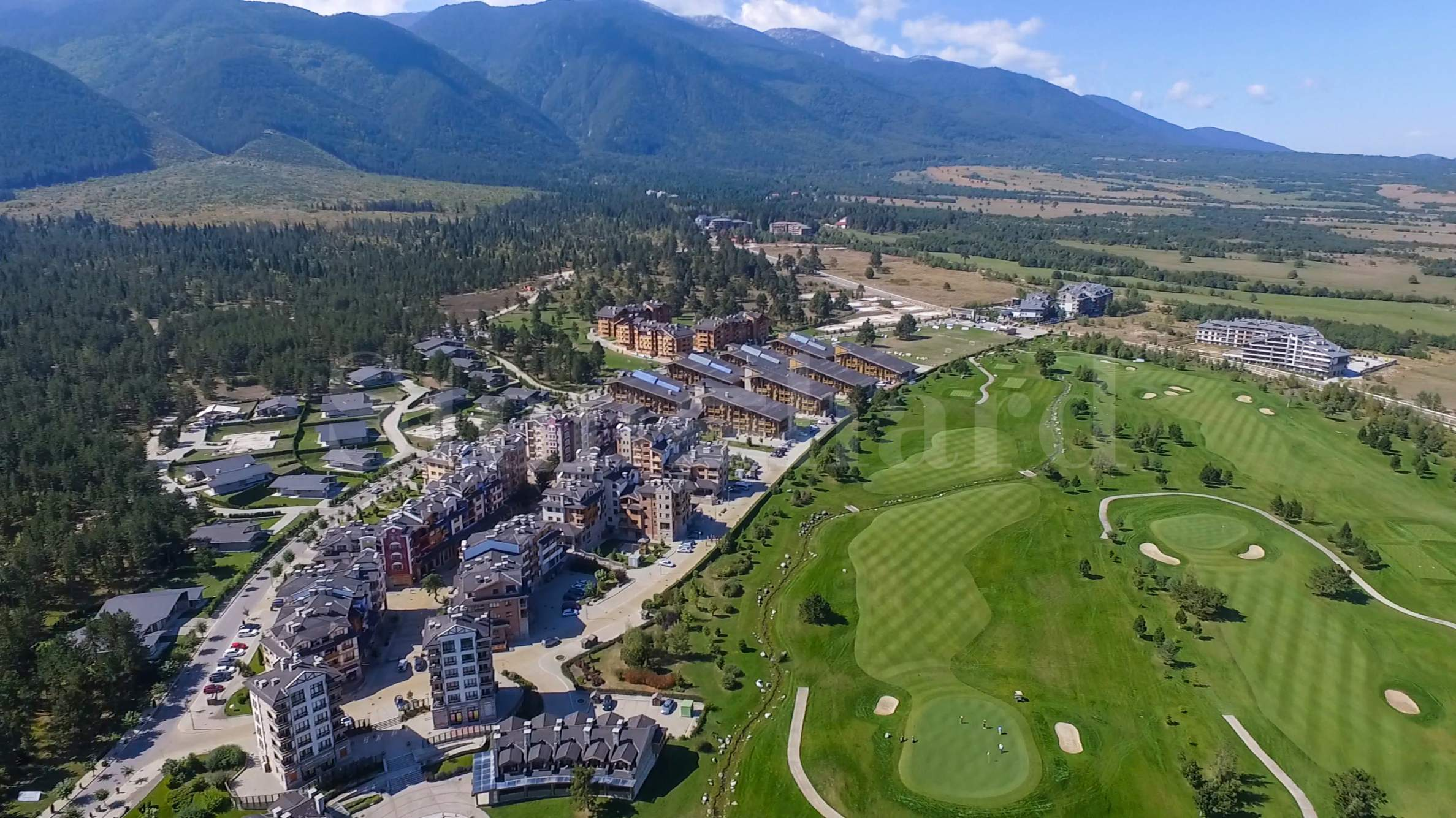 Exclusive golf apartments in the world famous Bansko ski resort1 - Stonehard