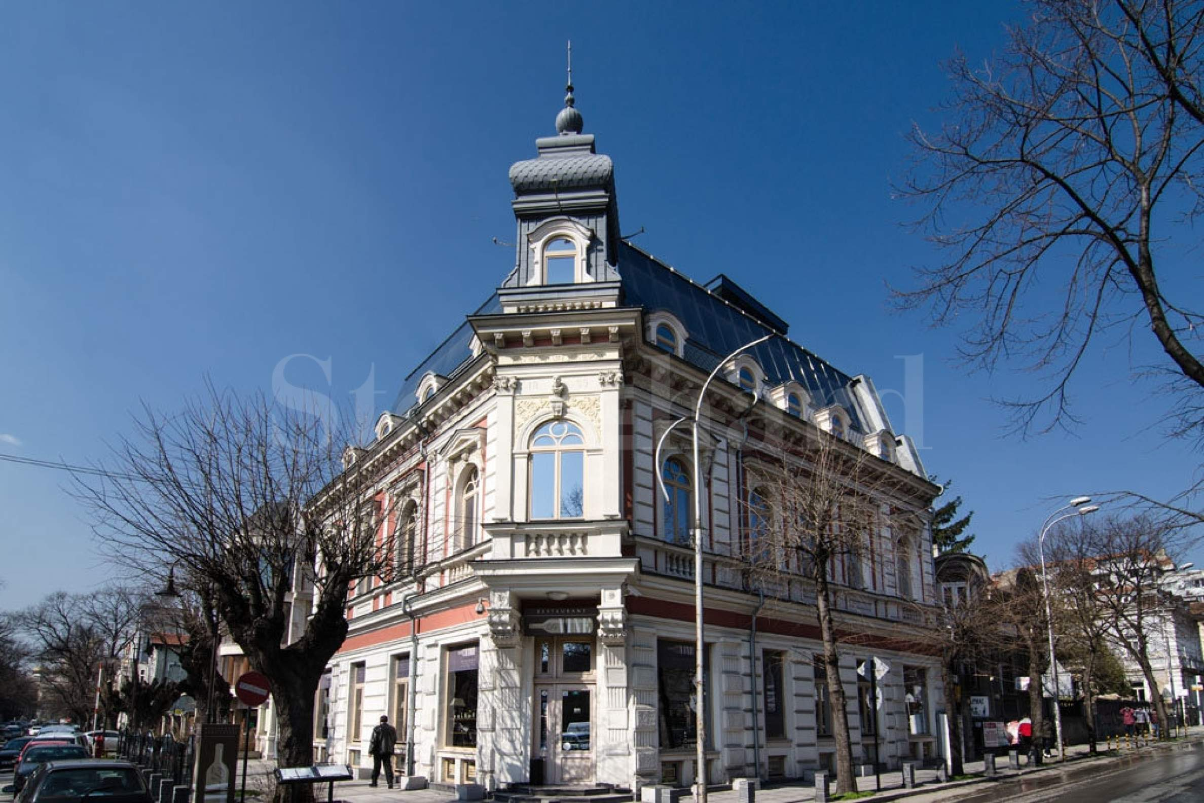Уникална реновирана сграда във Варна1 - Stonehard