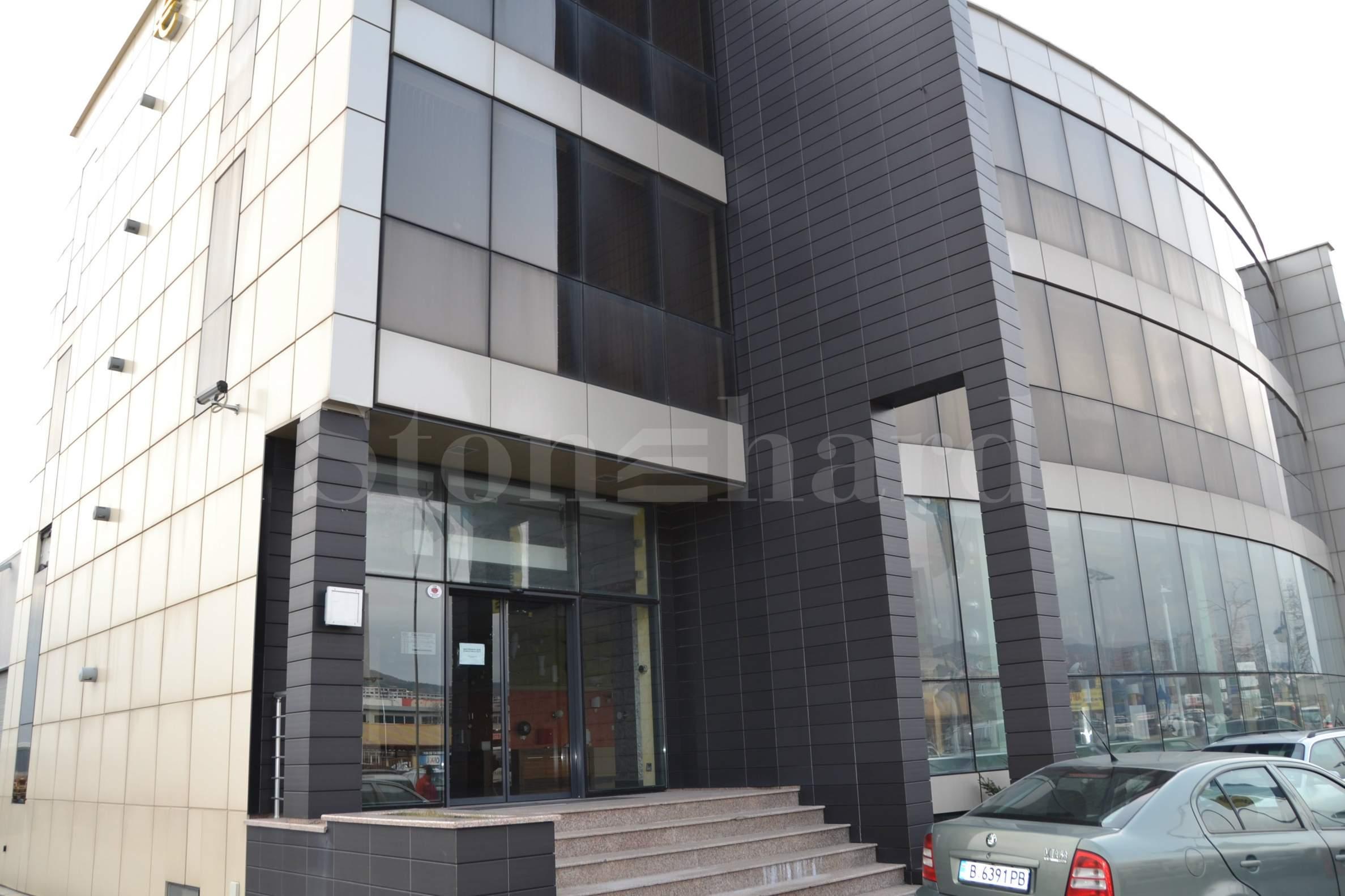 Office building on the main boulevard in Varna2 - Stonehard