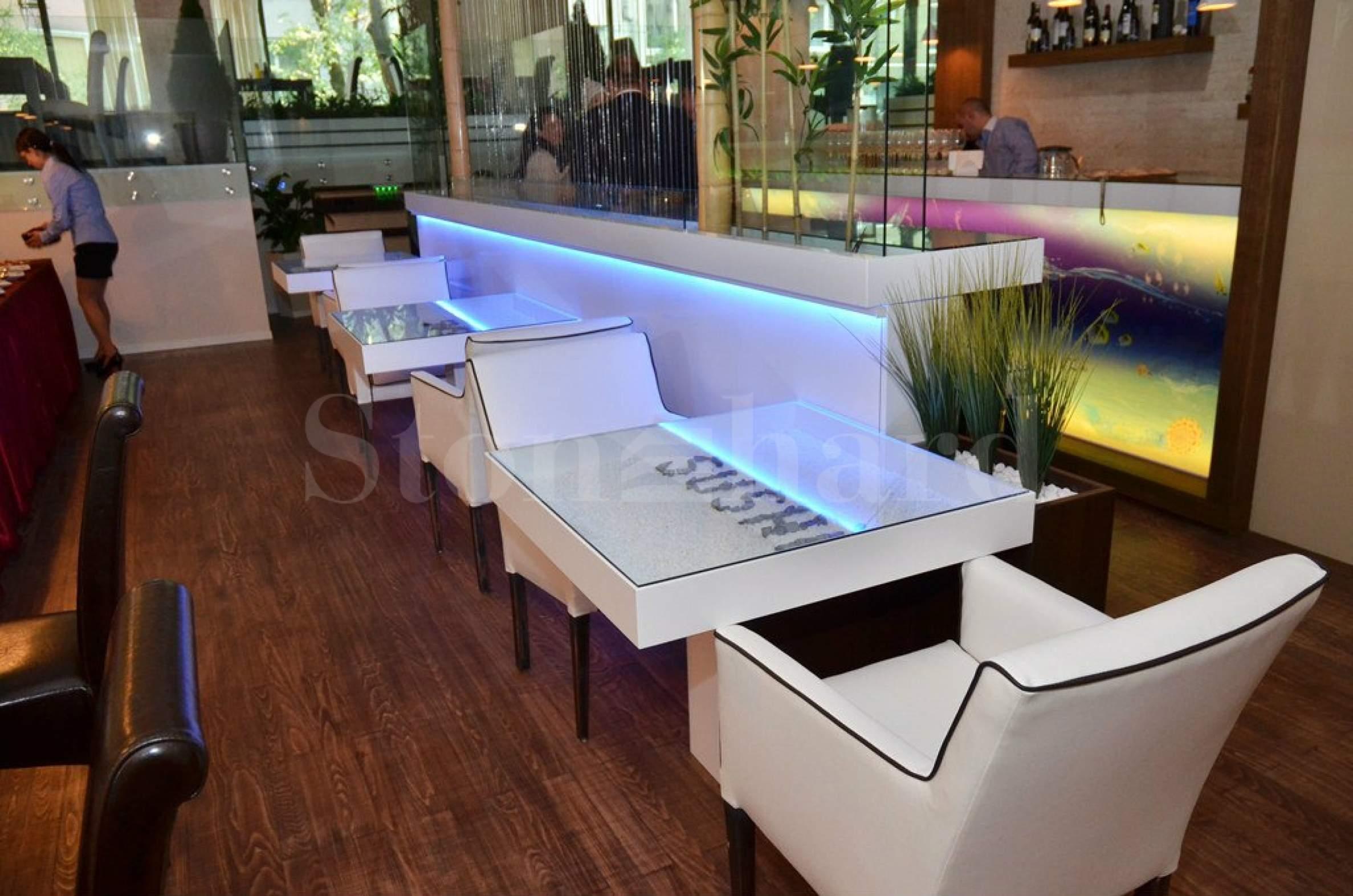 MFusion-бар и ресторант2 - Stonehard