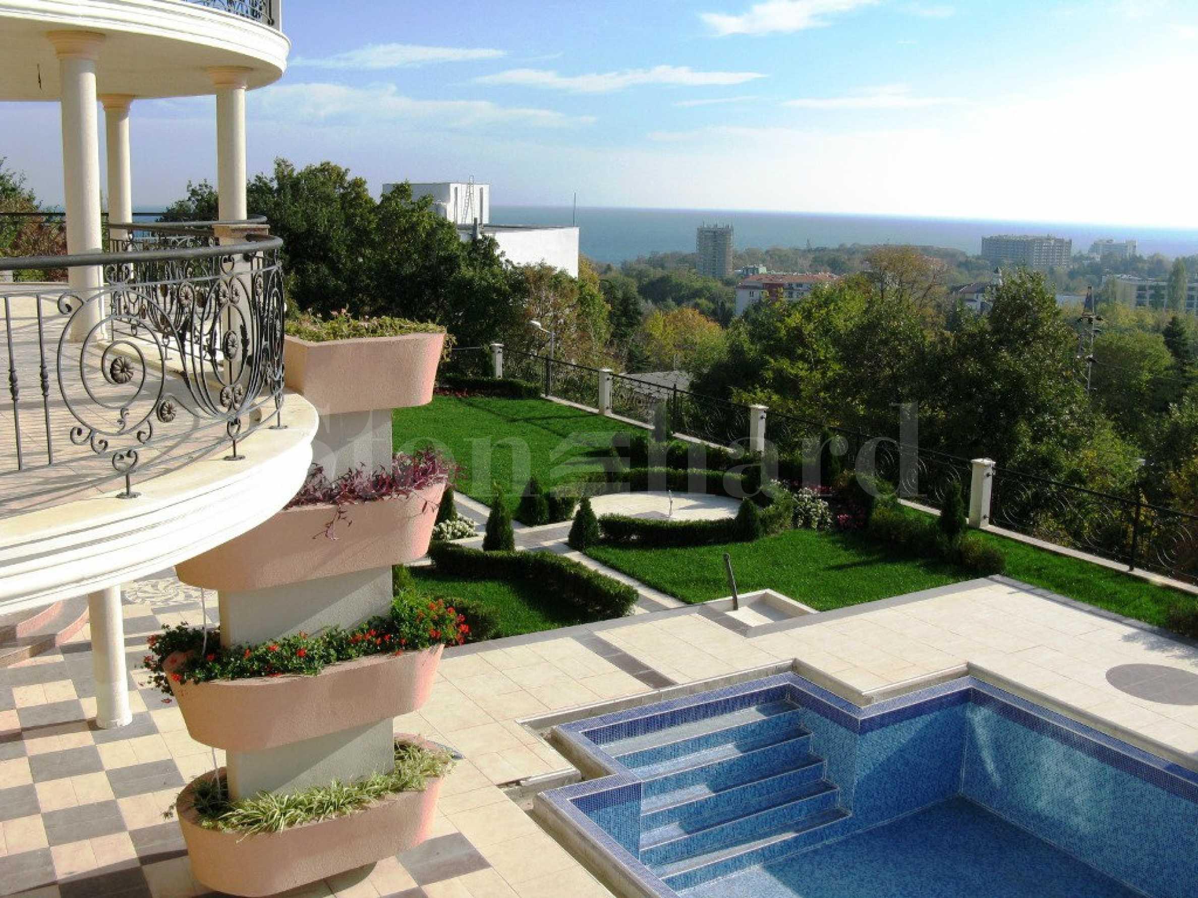 Резиденция  в  Варна2 - Stonehard