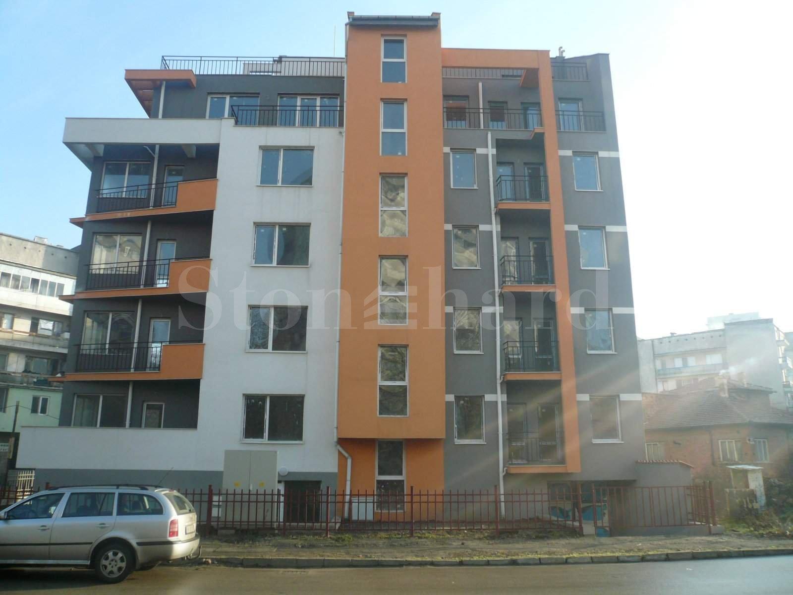 Апартаменти в модерна сграда в спокоен квартал1 - Stonehard
