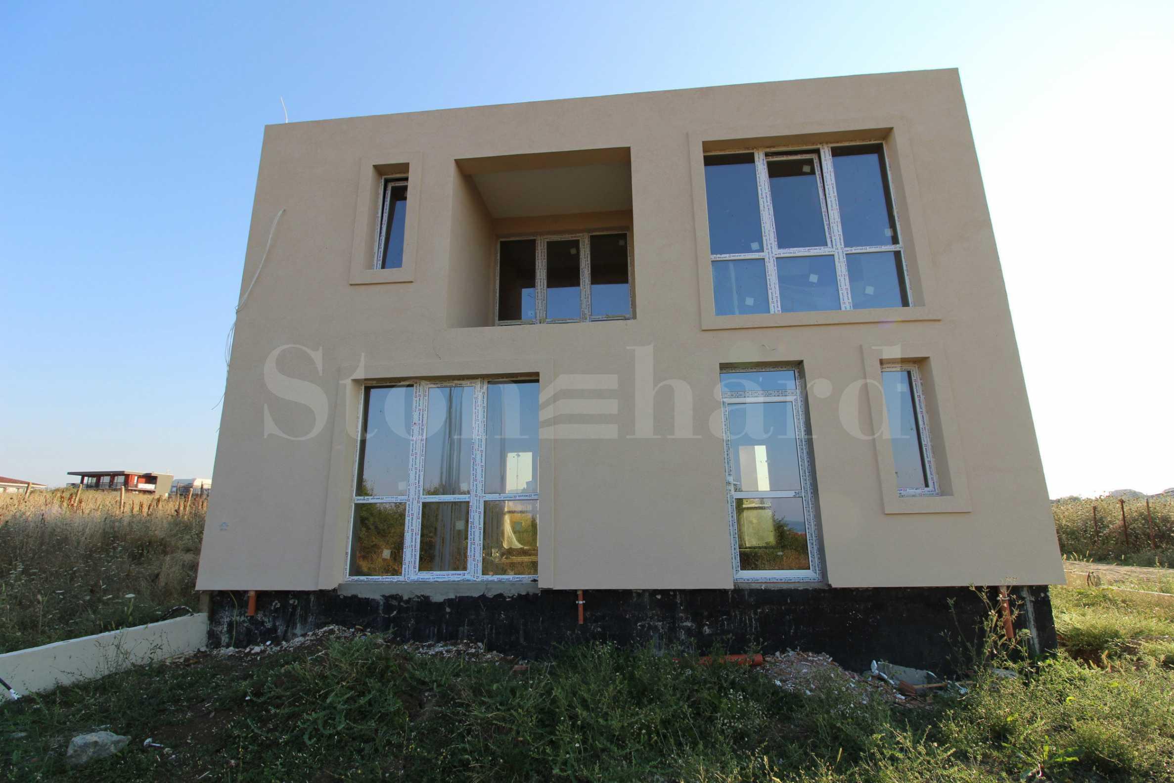 Обзаведена къща в минималистичен стил във вилна зона1 - Stonehard