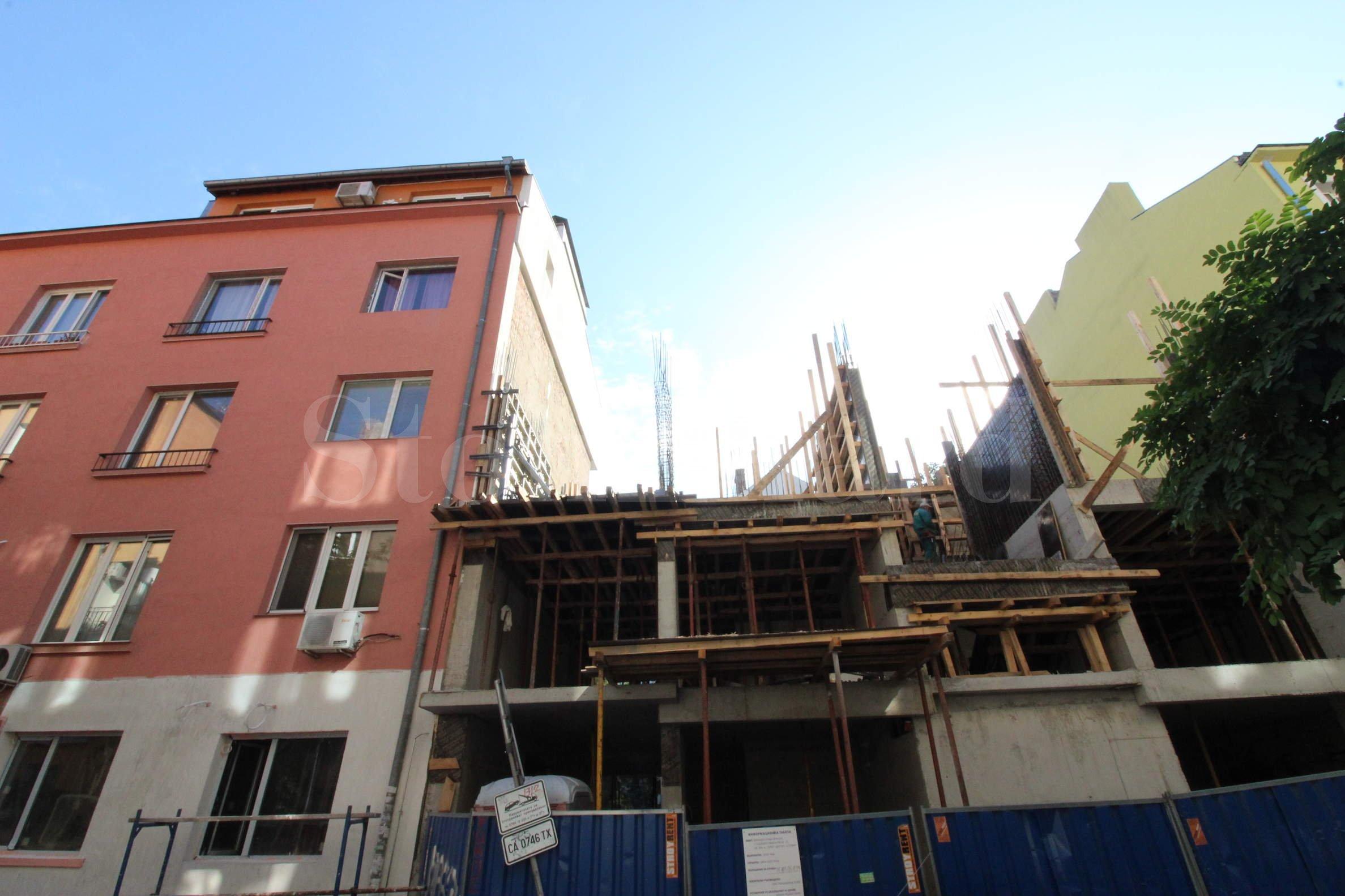 Нова сграда с апартаменти в центъра, до бул. Витоша2 - Stonehard