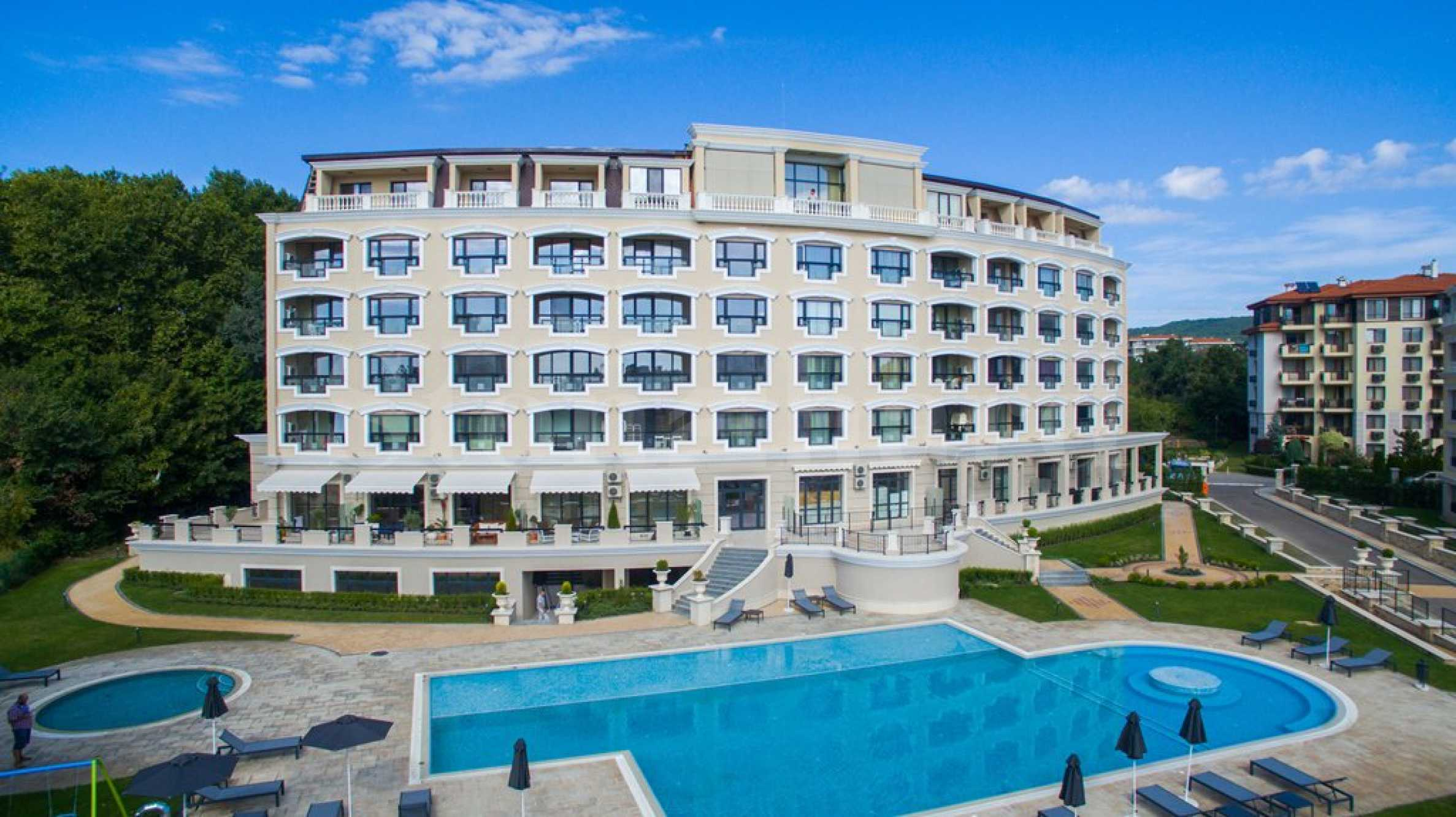 Turn-key holiday apartments in a completed luxury complex 1 - Stonehard