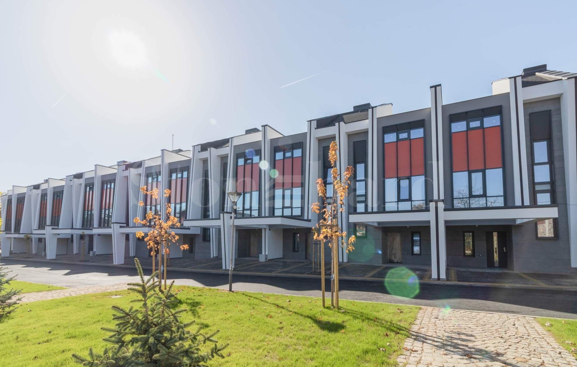 Нов комплекс от редови къщи - най-добрата среда за вашето семейство1 - Stonehard
