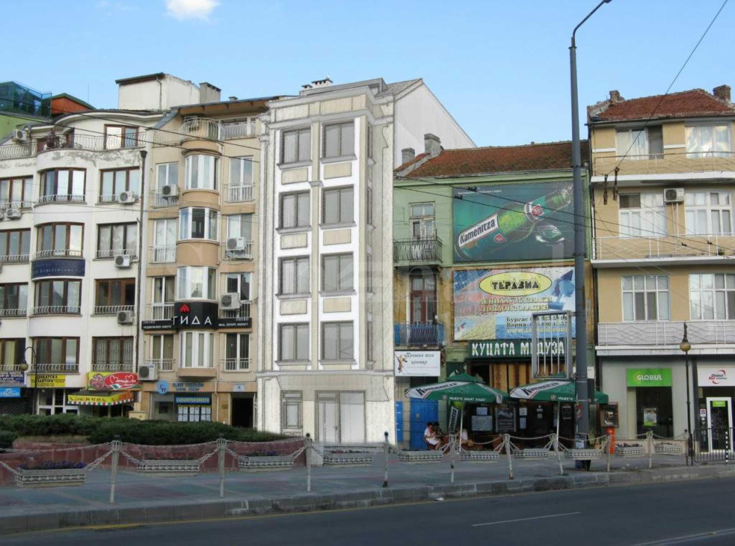 Луксозна сграда с апартаменти и офиси в топ центъра1 - Stonehard