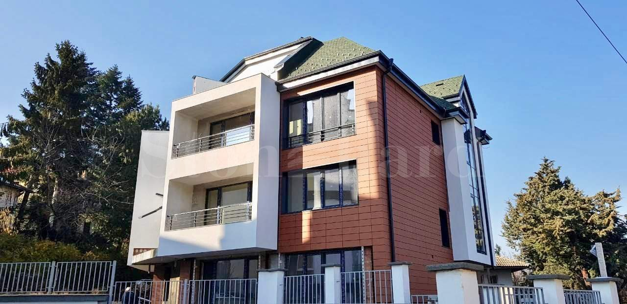5 apartments with house amenities in a boutique building1 - Stonehard