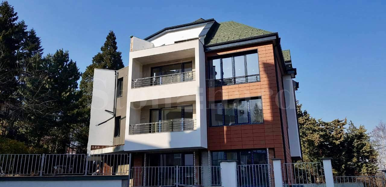 5 apartments with house amenities in a boutique building2 - Stonehard