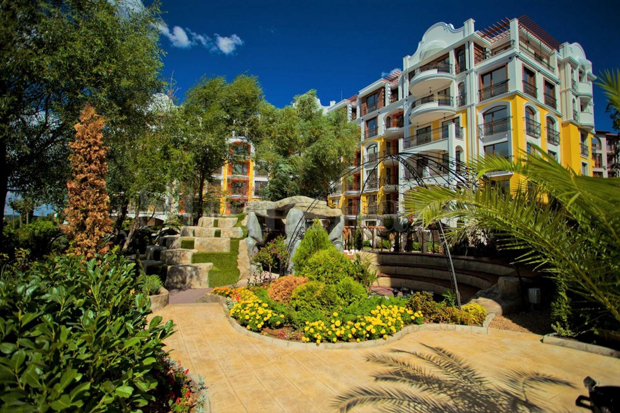 Апартаменти в елитен комплекс със съвършена градина без аналог 1 - Stonehard