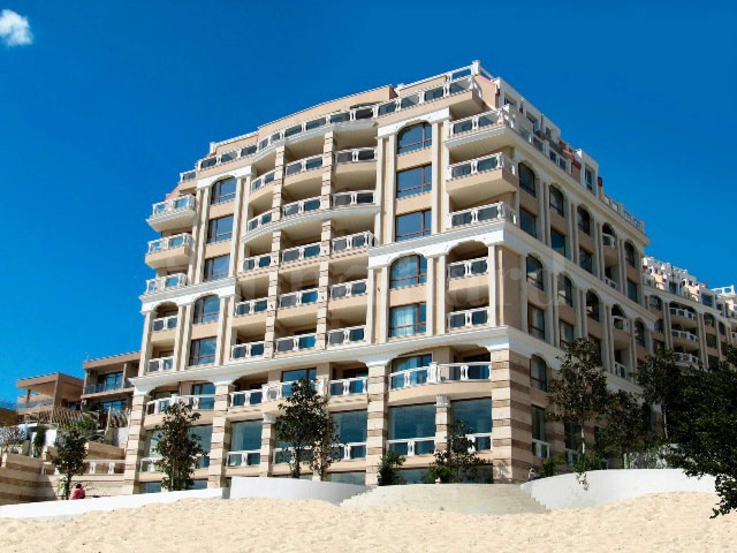 La Mer Residential Complex1 - Stonehard