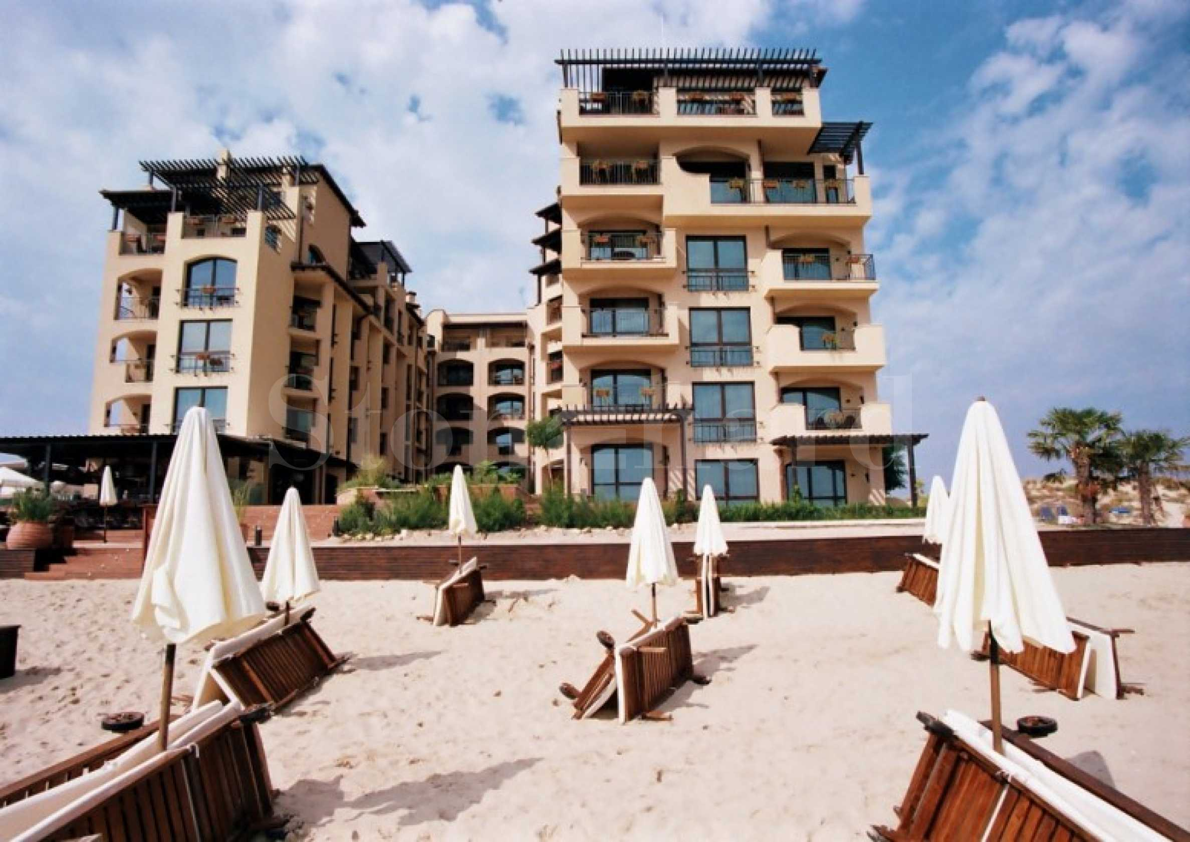 Beachfront designer apartments for sale in an elegant complex in Sunny Beach2 - Stonehard