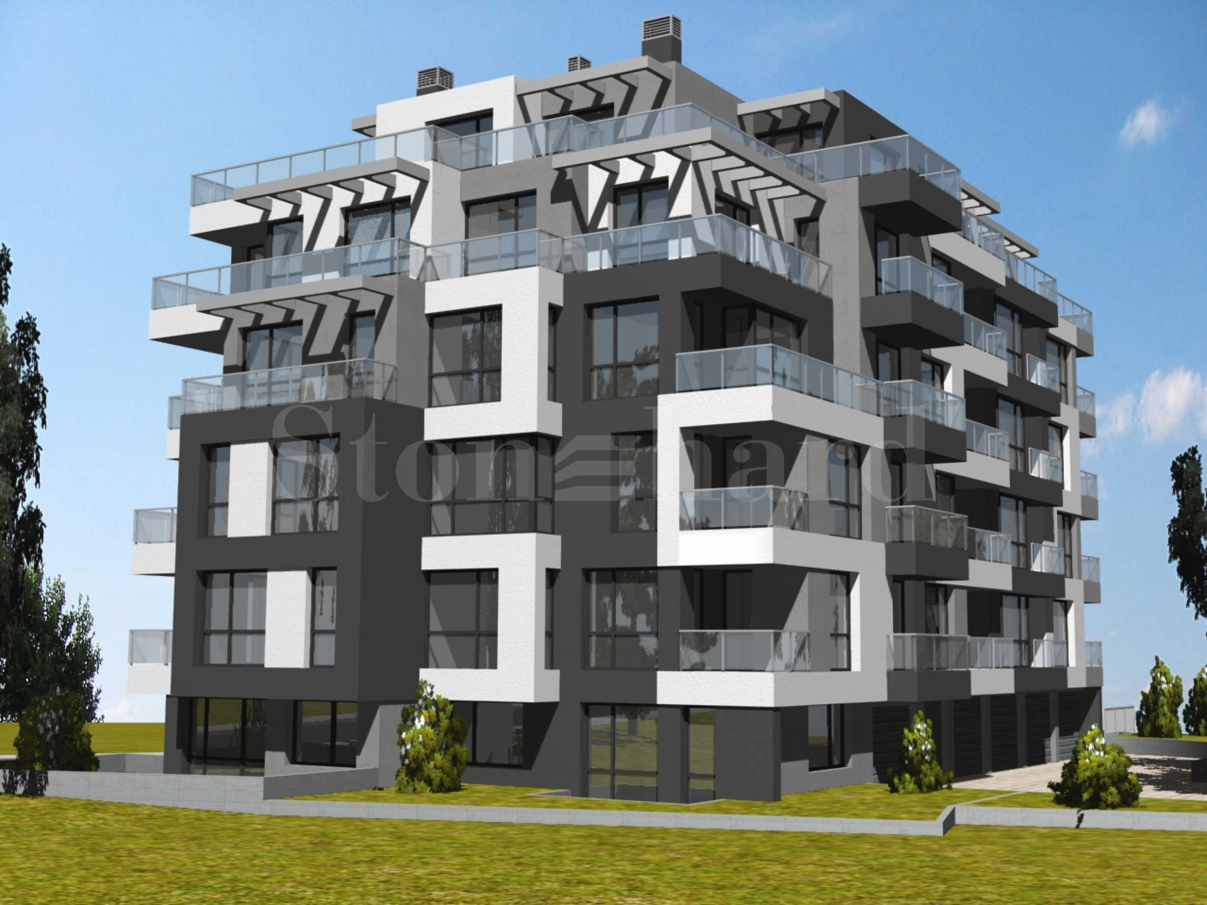 Новострояща се сграда близо до бъдеща метростанция в кв.