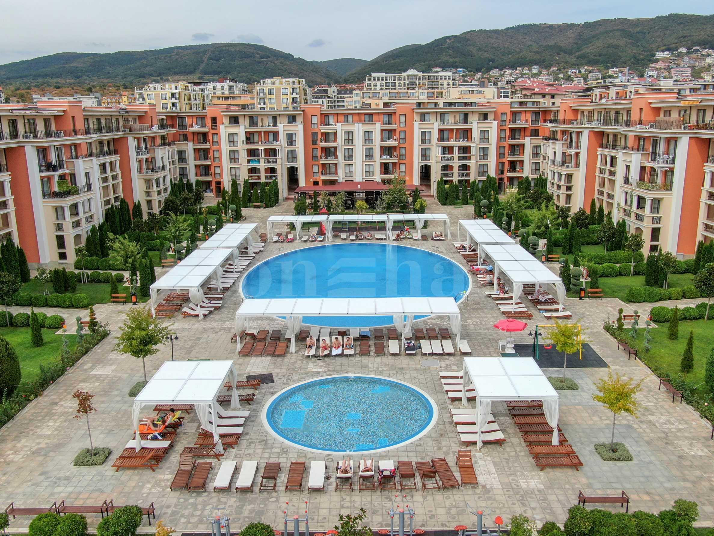 Apartments for sale in a prestigious beachfront complex in Sunny Beach2 - Stonehard