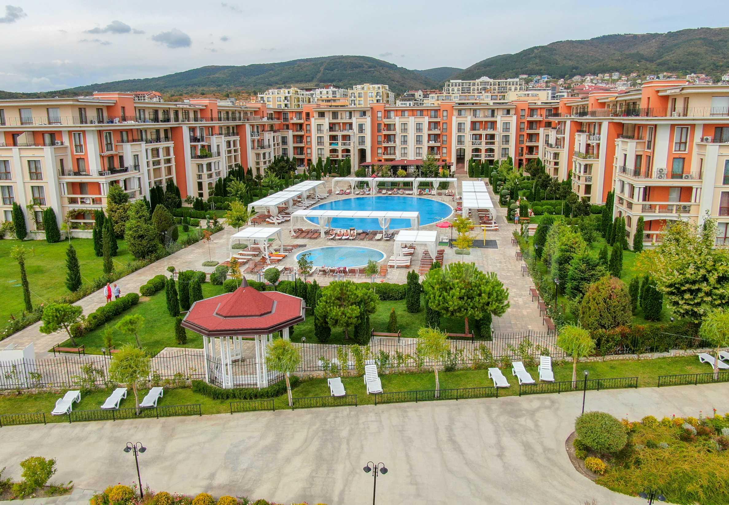 Apartments for sale in a prestigious beachfront complex in Sunny Beach1 - Stonehard