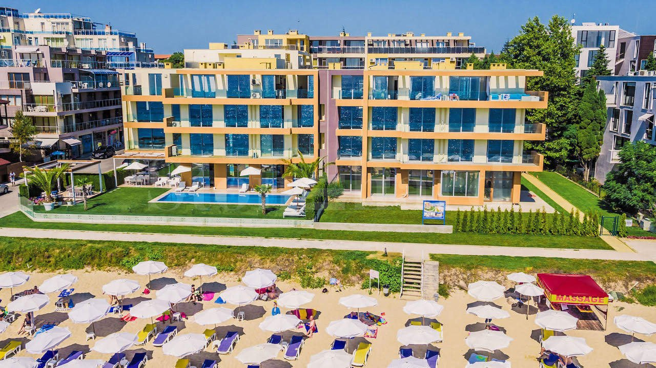 Beach-front apartment complex on the Black sea1 - Stonehard