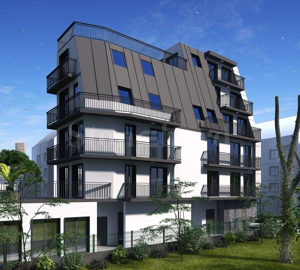 Building with modern vision in the center of Varna1 - Stonehard