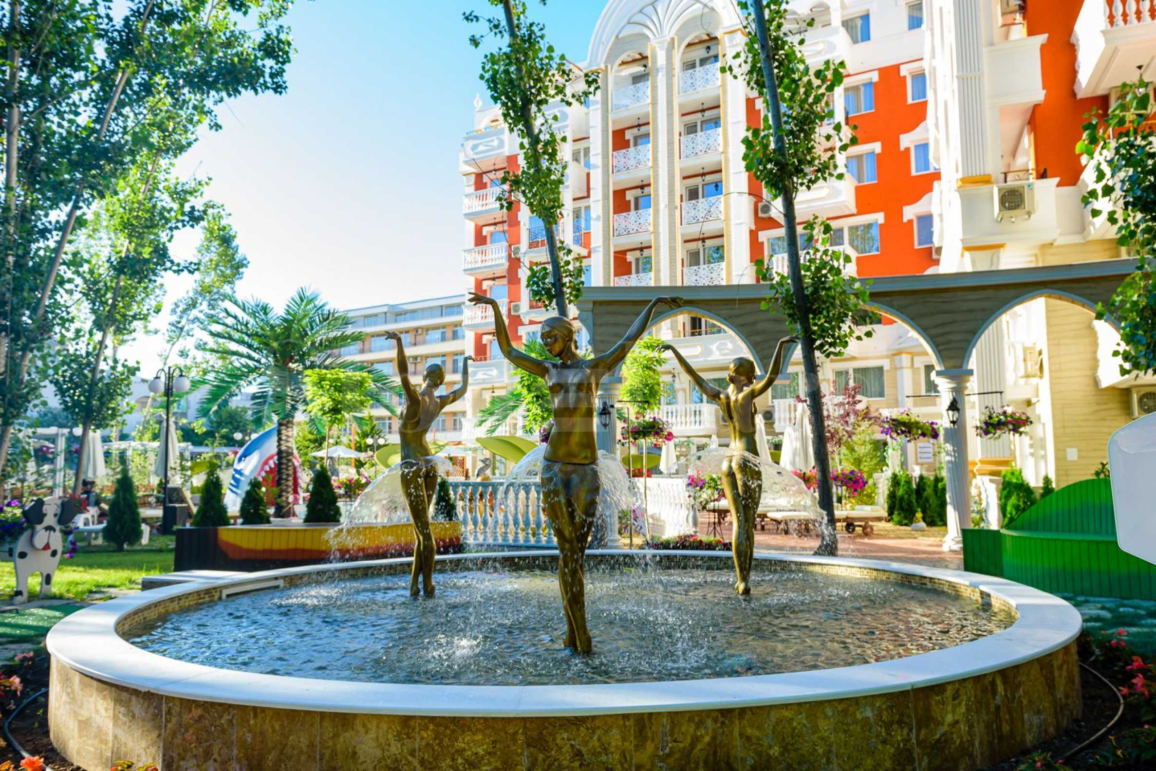 Apartments in an elegant new construction complex next to the park1 - Stonehard