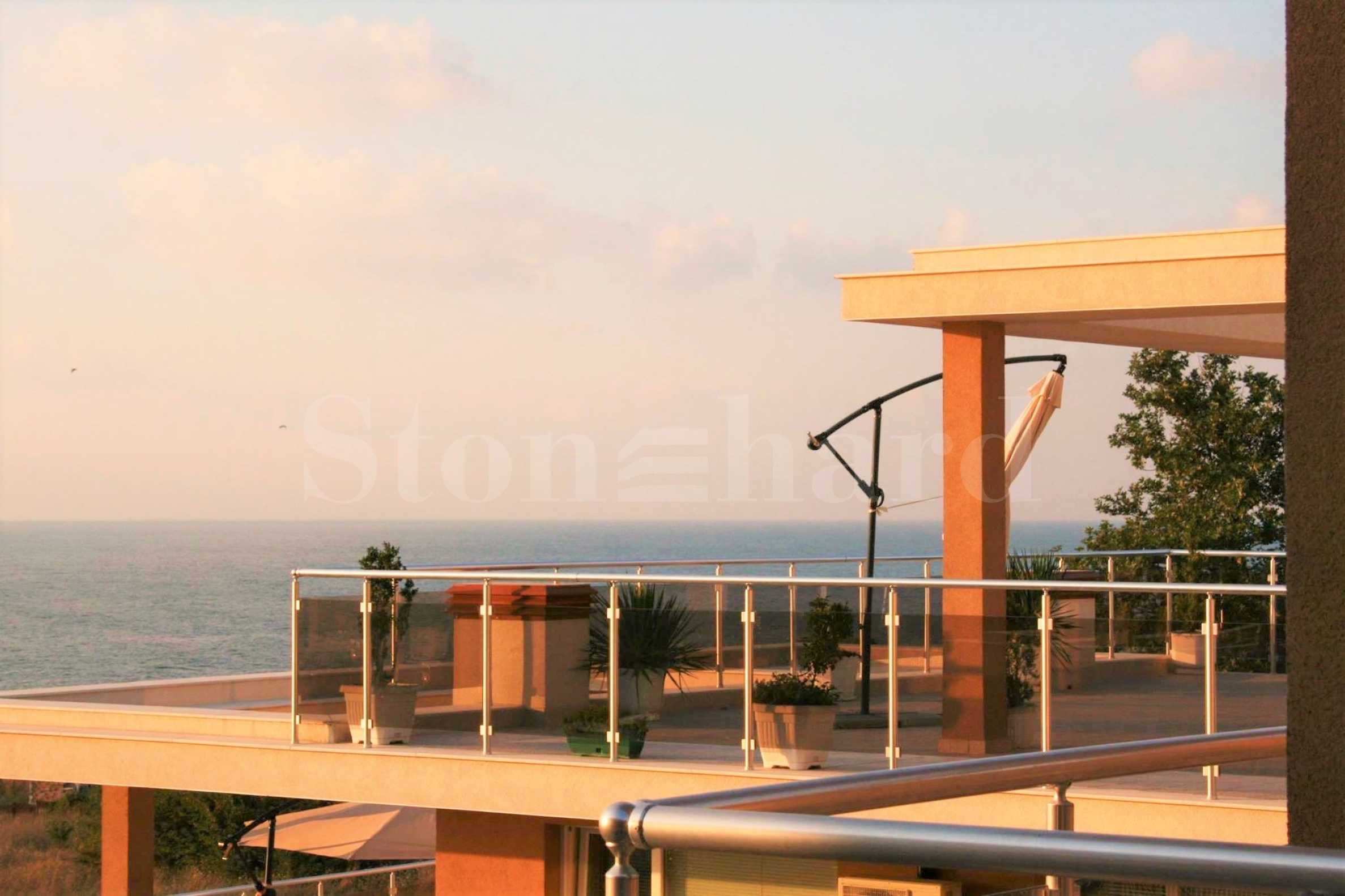 Comfortable beachfront apartments in Ahtopol1 - Stonehard
