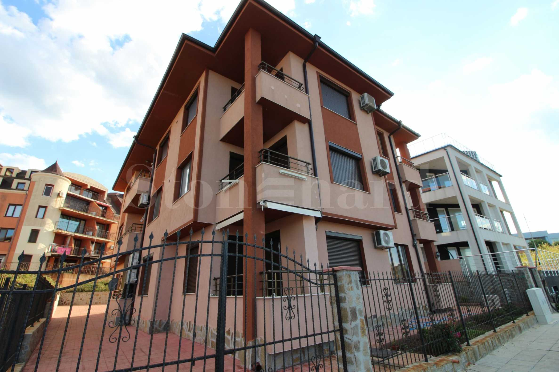 New building in Tsarevo. 1-bedroom turnkey apartments. No maintenance fee1 - Stonehard