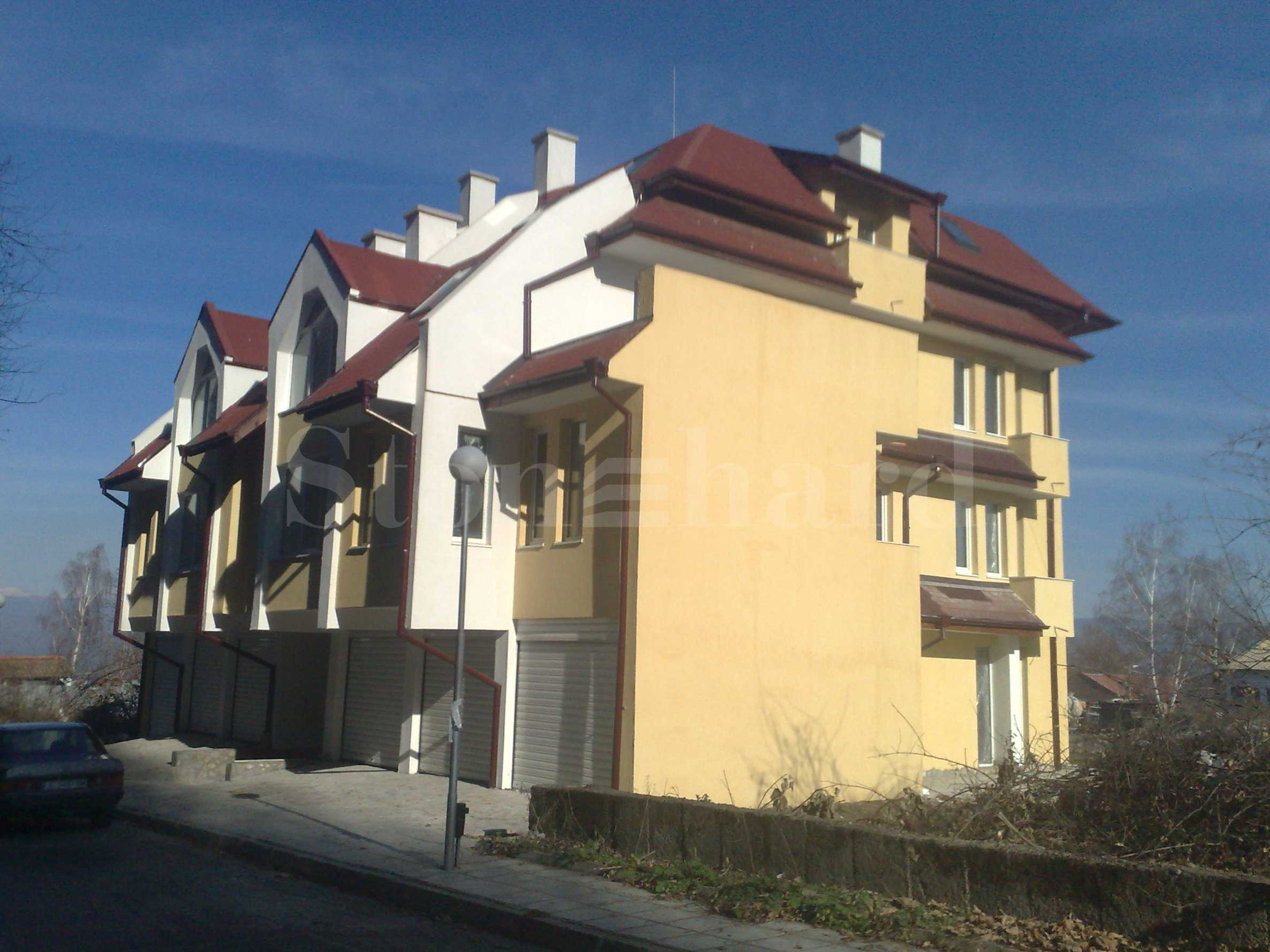 Апартаменти в сграда с Акт 16 до парка в центъра на Банско2 - Stonehard