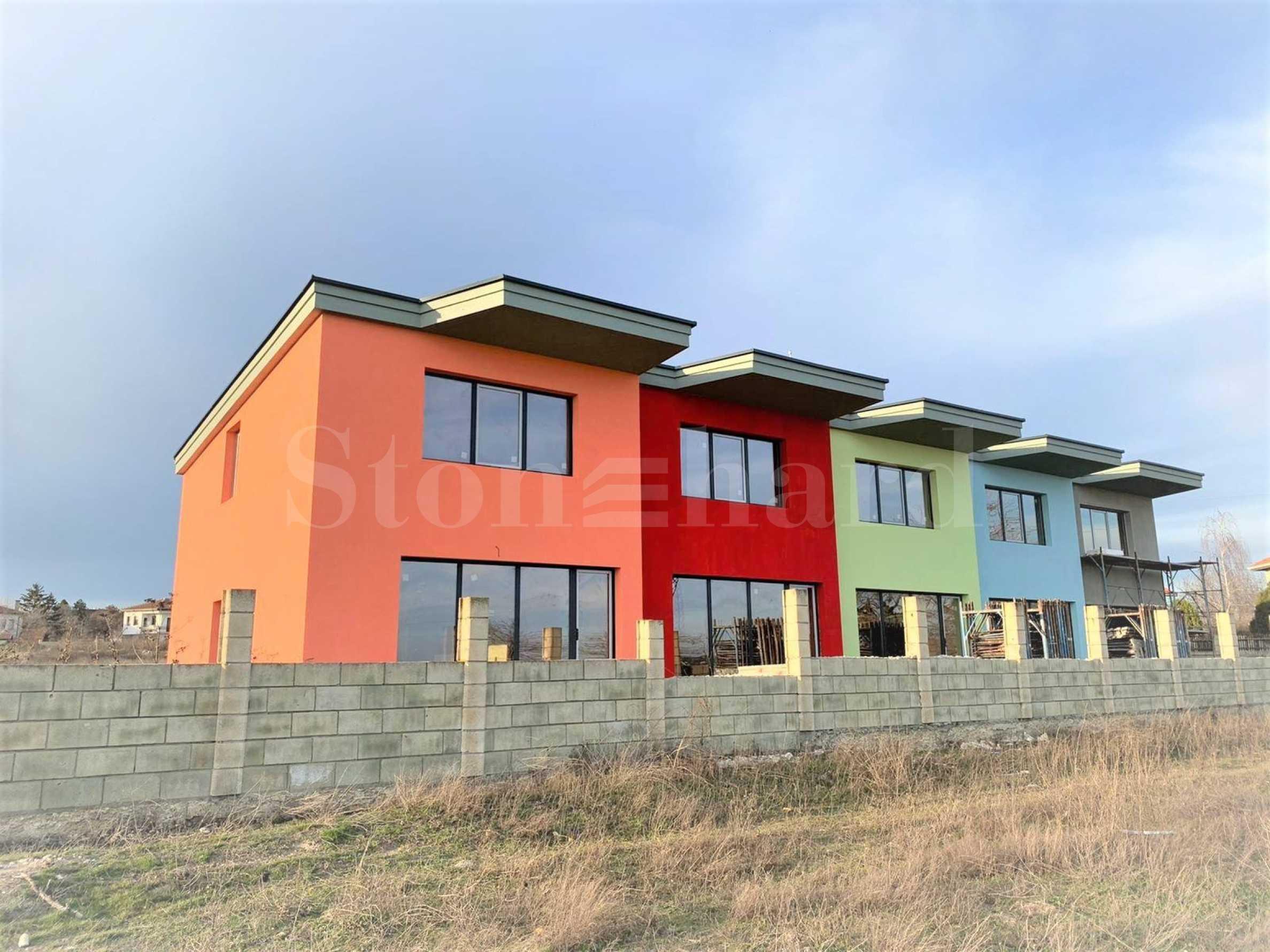 New designer townhouses near Varna1 - Stonehard