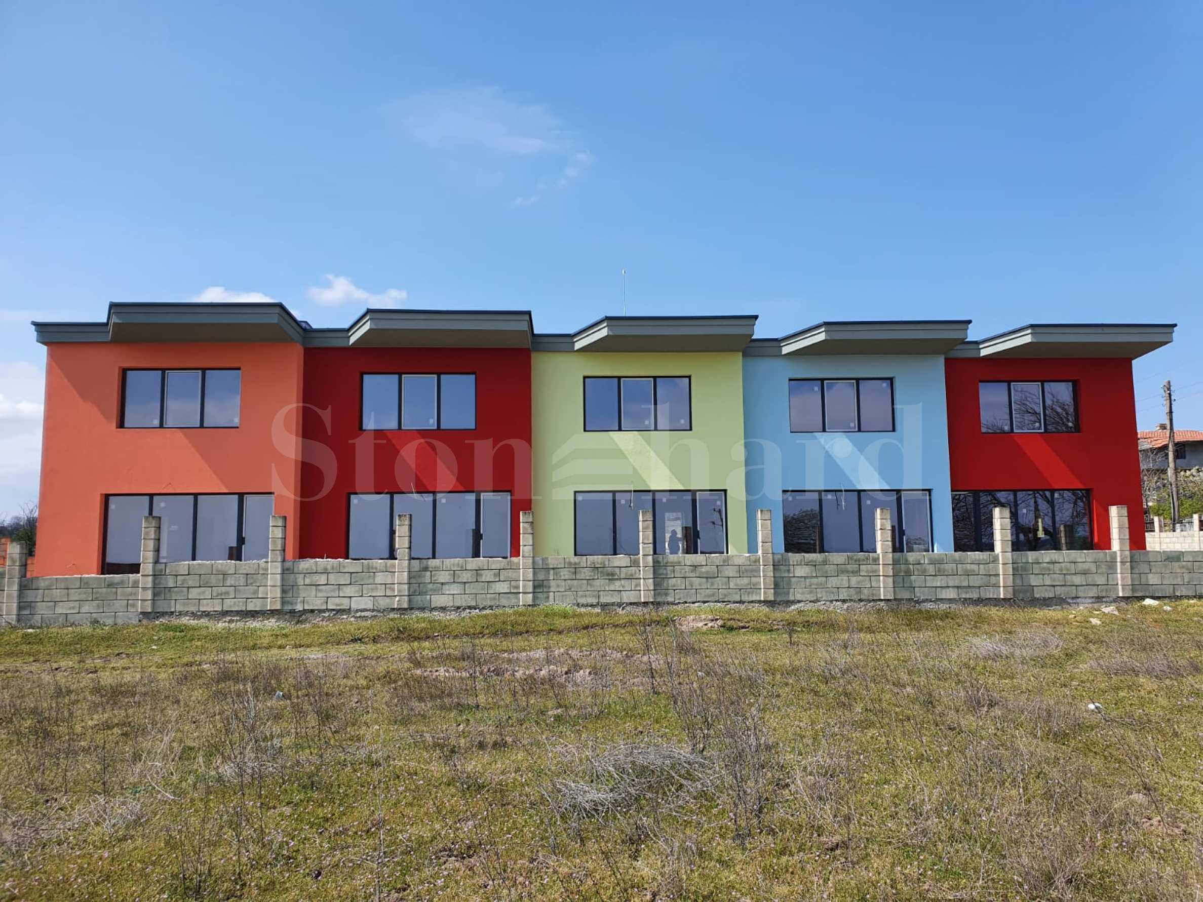 New designer townhouses near Varna2 - Stonehard