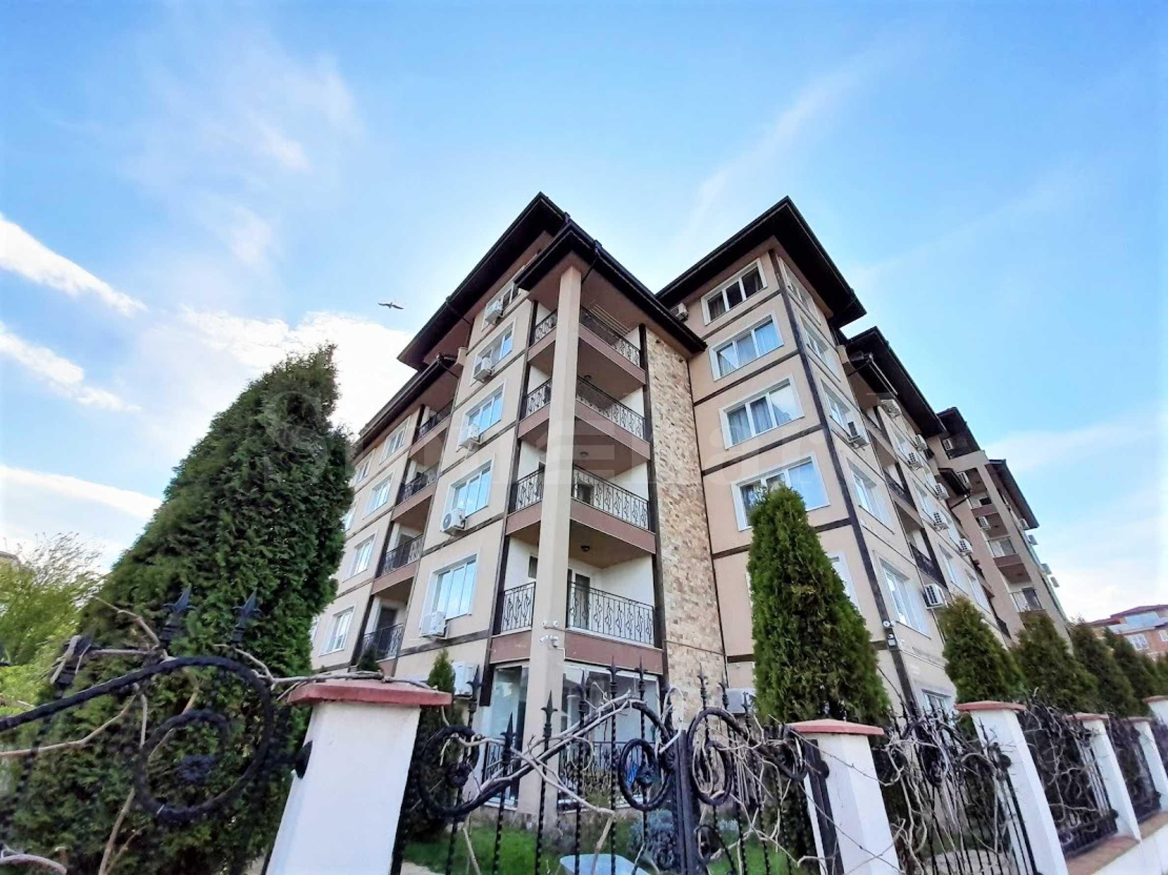 Апартаменти на 150 метра от Южния плаж, Акт 161 - Stonehard