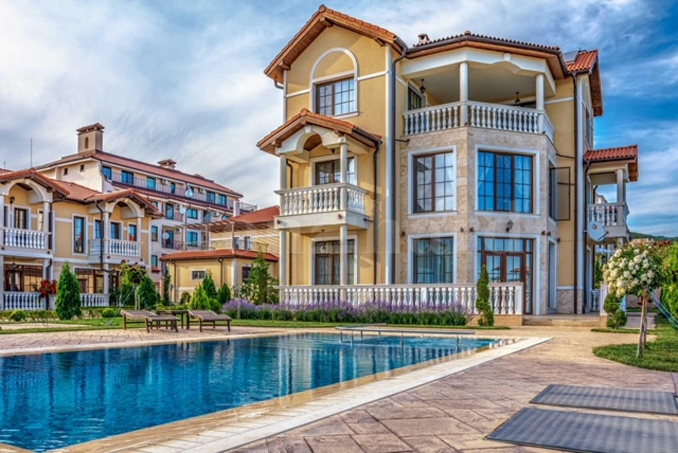 New-built villas near mountain & Black sea coast2 - Stonehard