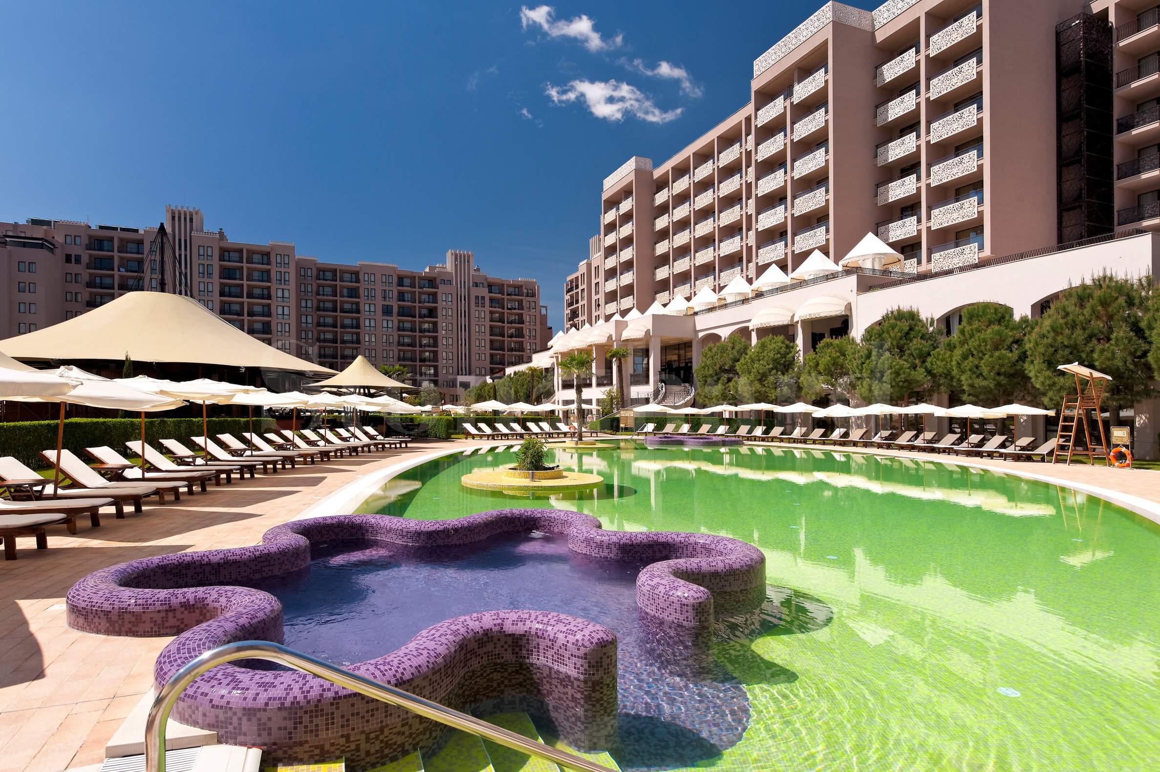 Апартаменти с дизайнерско обзавеждане в комплекс Barceló2 - Stonehard