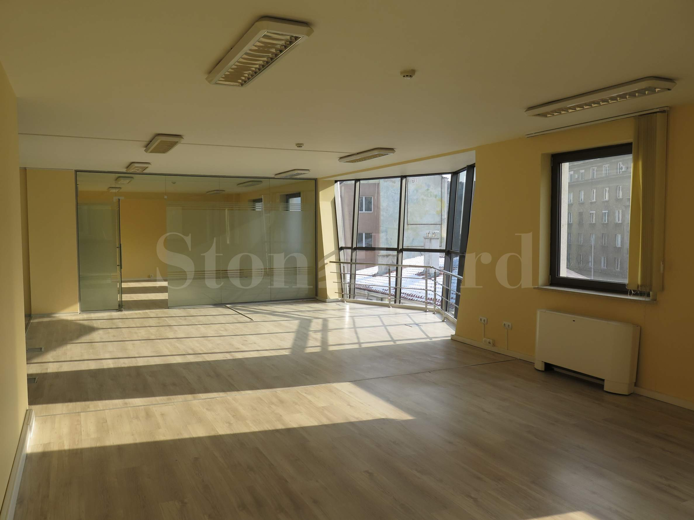 New building with offices in the center of Sofia, opposite the Opera House1 - Stonehard