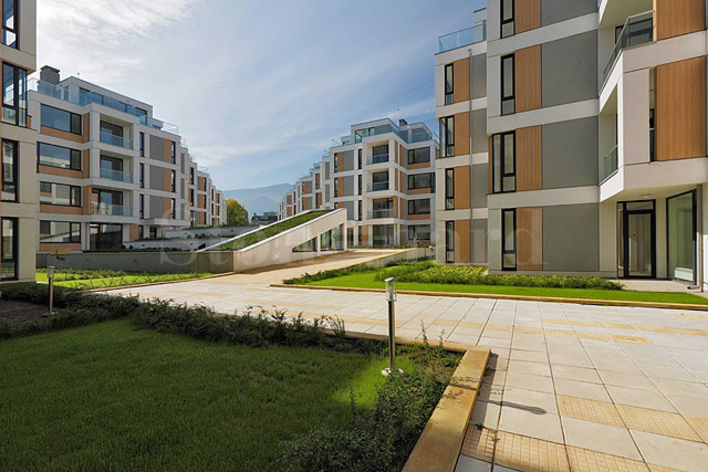 Жилищен комплекс със съвременна концепция и хубава локация1 - Stonehard