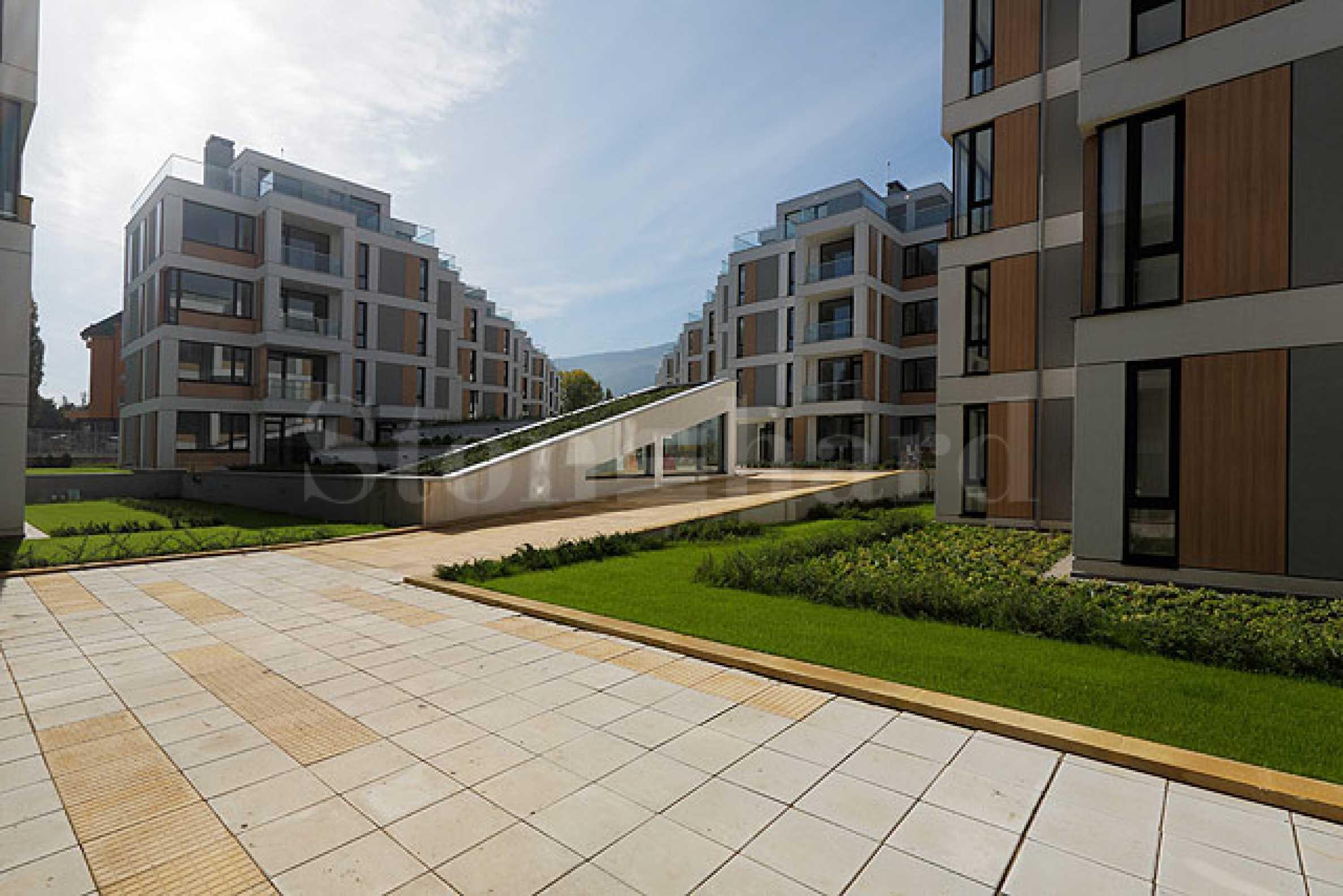 Жилищен комплекс със съвременна концепция и хубава локация2 - Stonehard