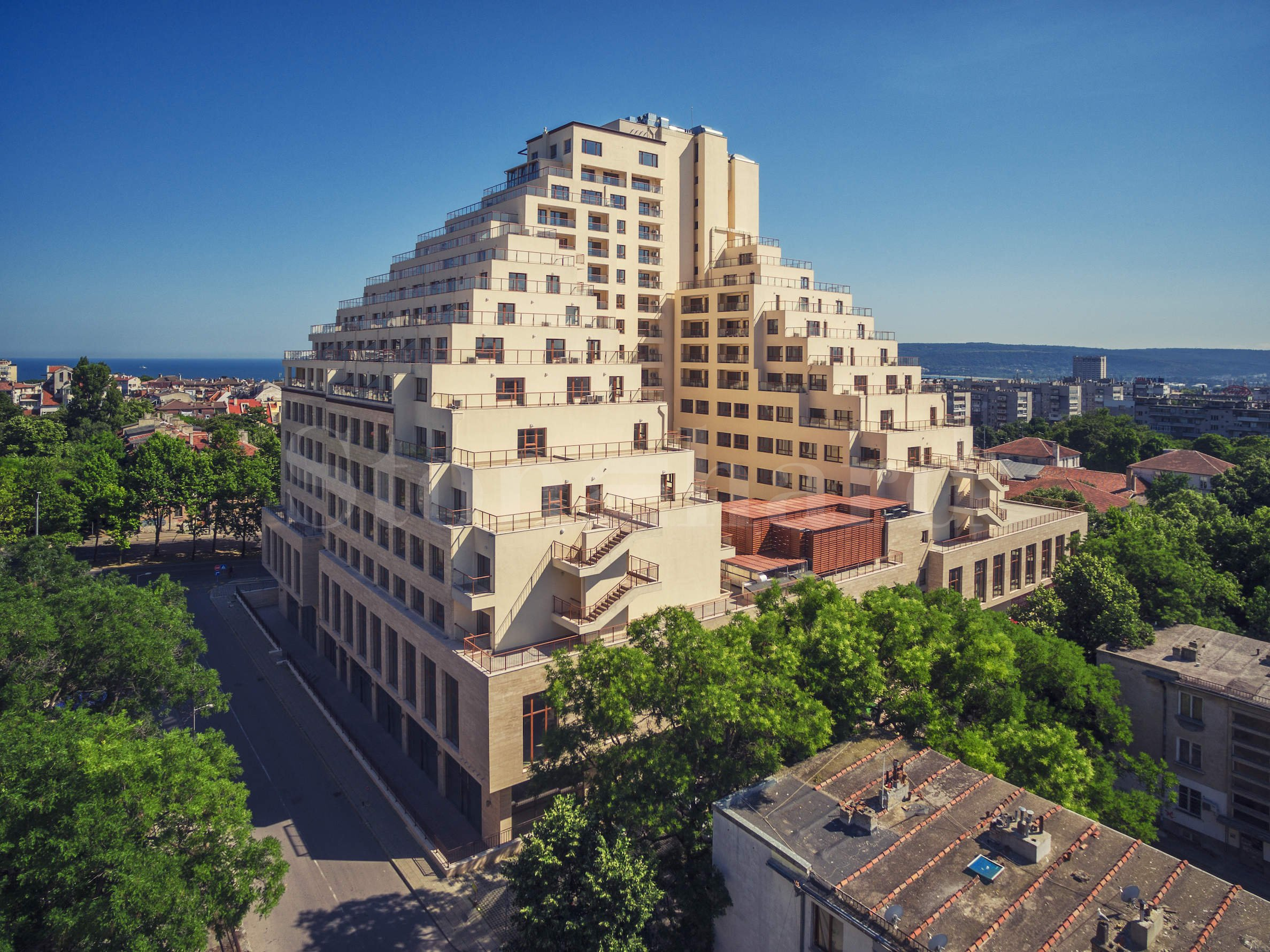Panoramic apartments in the heart of Varna1 - Stonehard