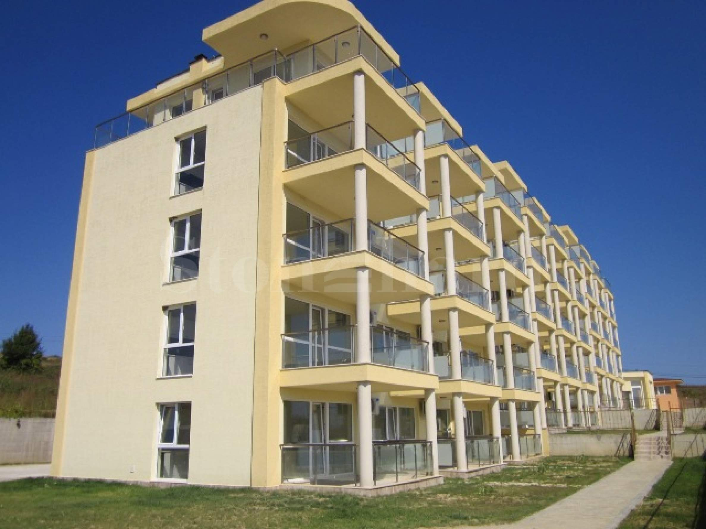 Apartments with sea view near the beach1 - Stonehard
