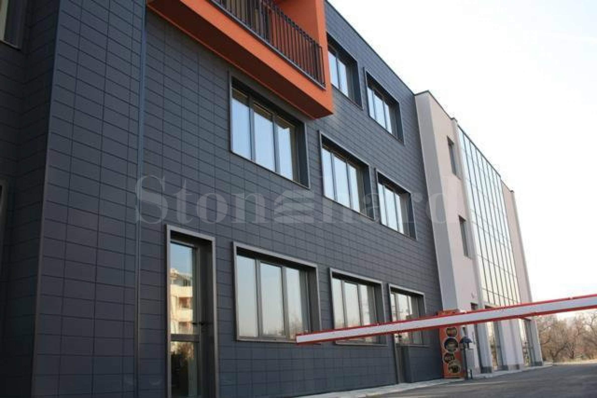 Апартаменти и офиси в построена сграда1 - Stonehard