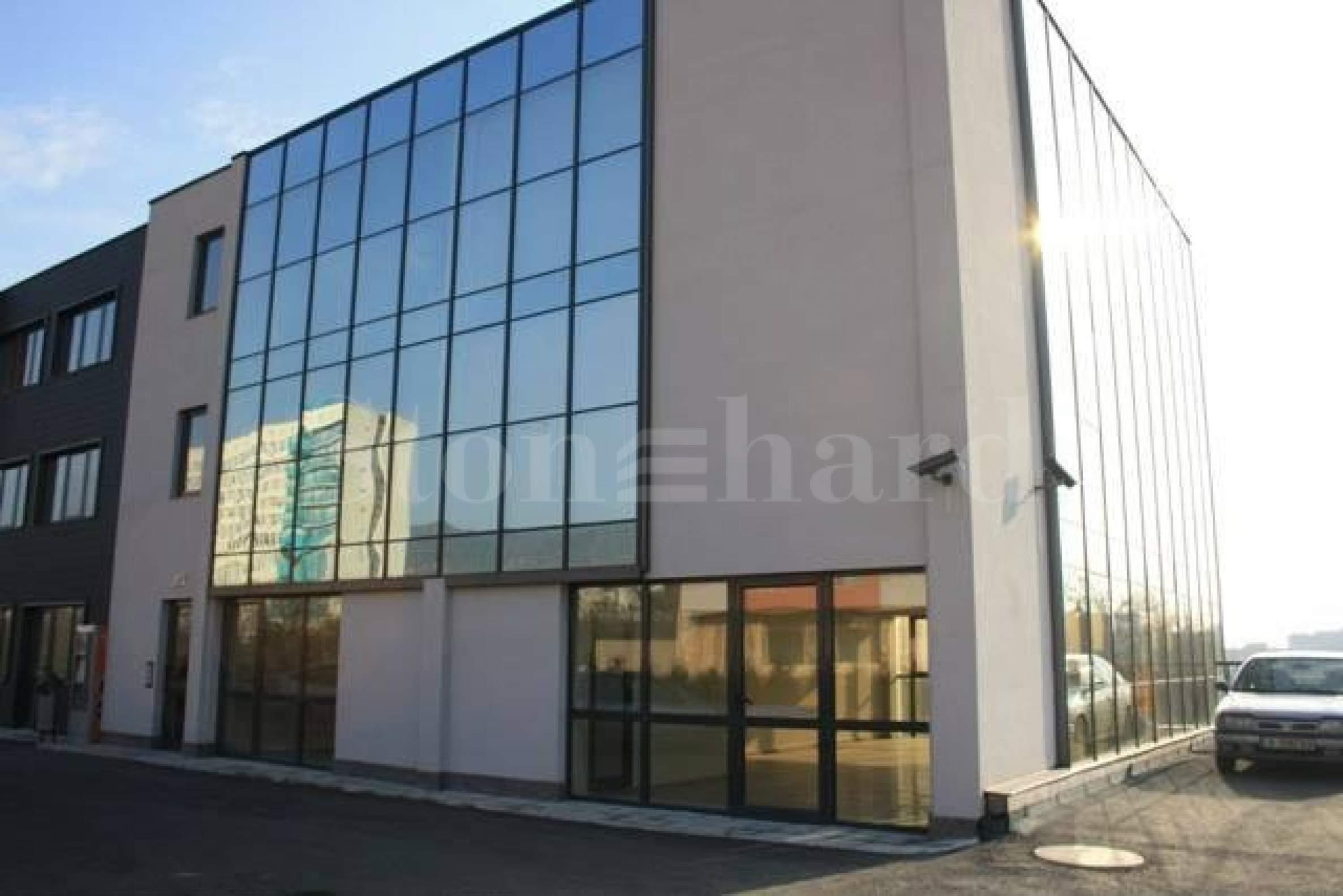 Апартаменти и офиси в построена сграда2 - Stonehard