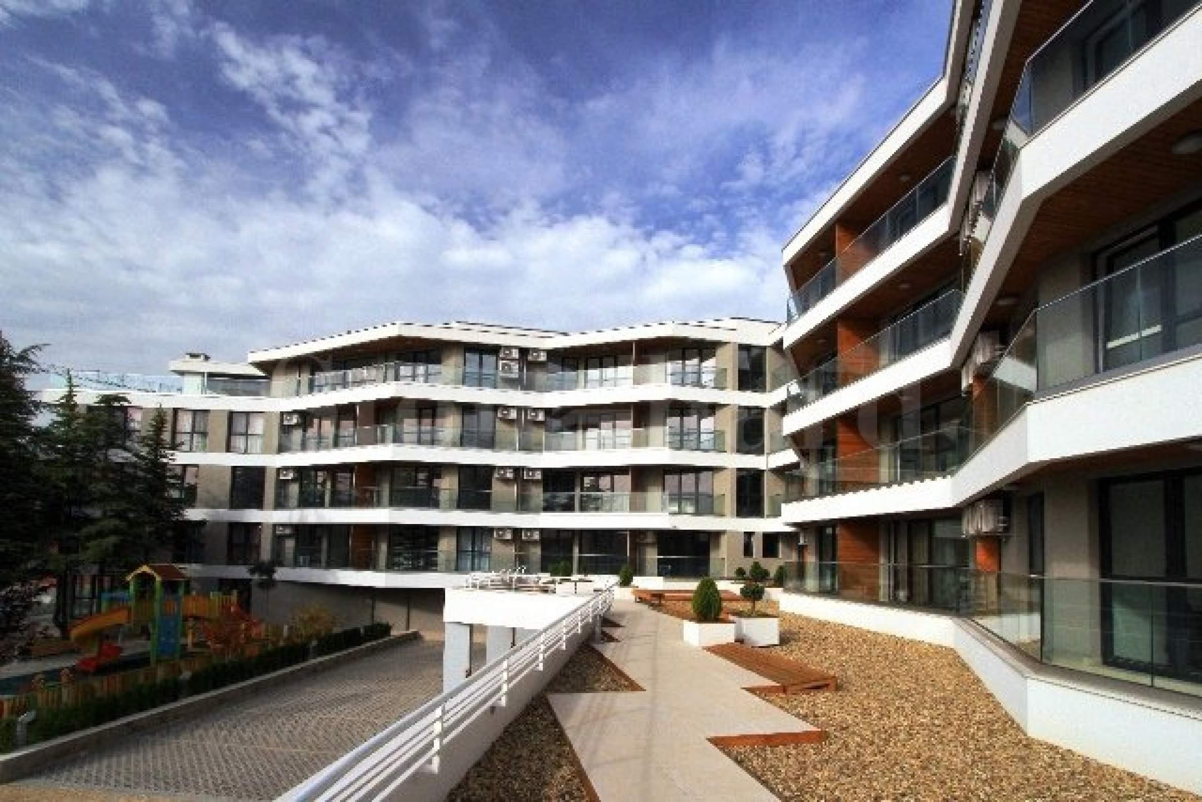 Apartments in new building in Briz district2 - Stonehard