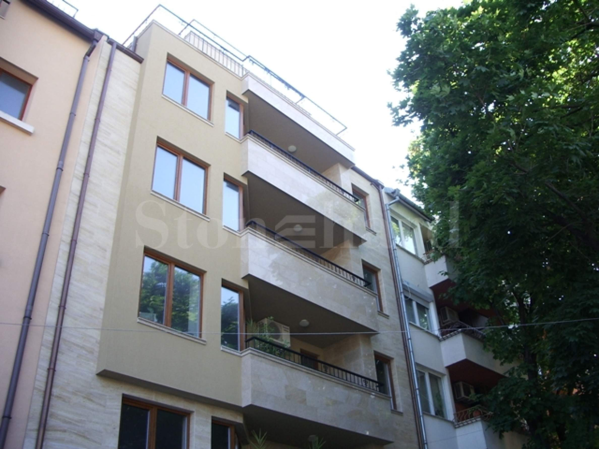 Апартаменти и офис в стилна сграда2 - Stonehard