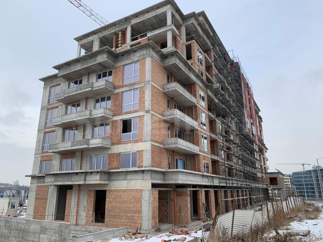 Последни жилища в сграда с напреднало строителство до Бизнес парк София2 - Stonehard