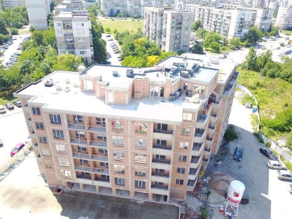 Стилна жилищна сграда до Бизнес Парк София2 - Stonehard