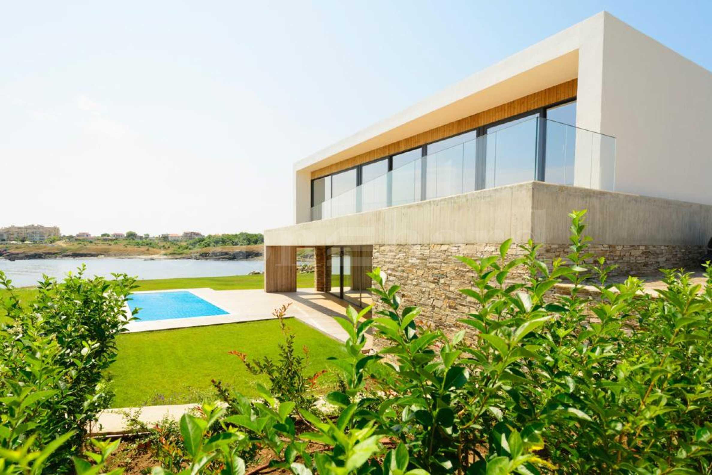 Turn-key villa on the beach in a quiet area near Lozenets1 - Stonehard