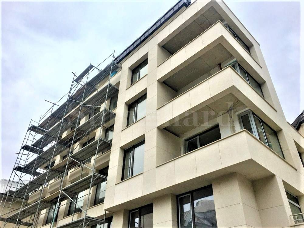 Elegant new residential building in Lozenets District2 - Stonehard