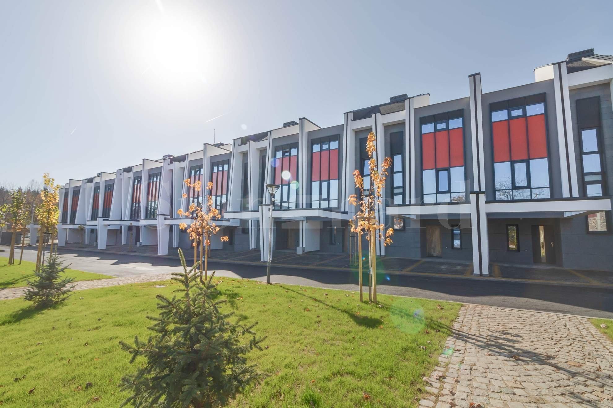 Нов комплекс от редови къщи - най-добрата среда за вашето семейство2 - Stonehard