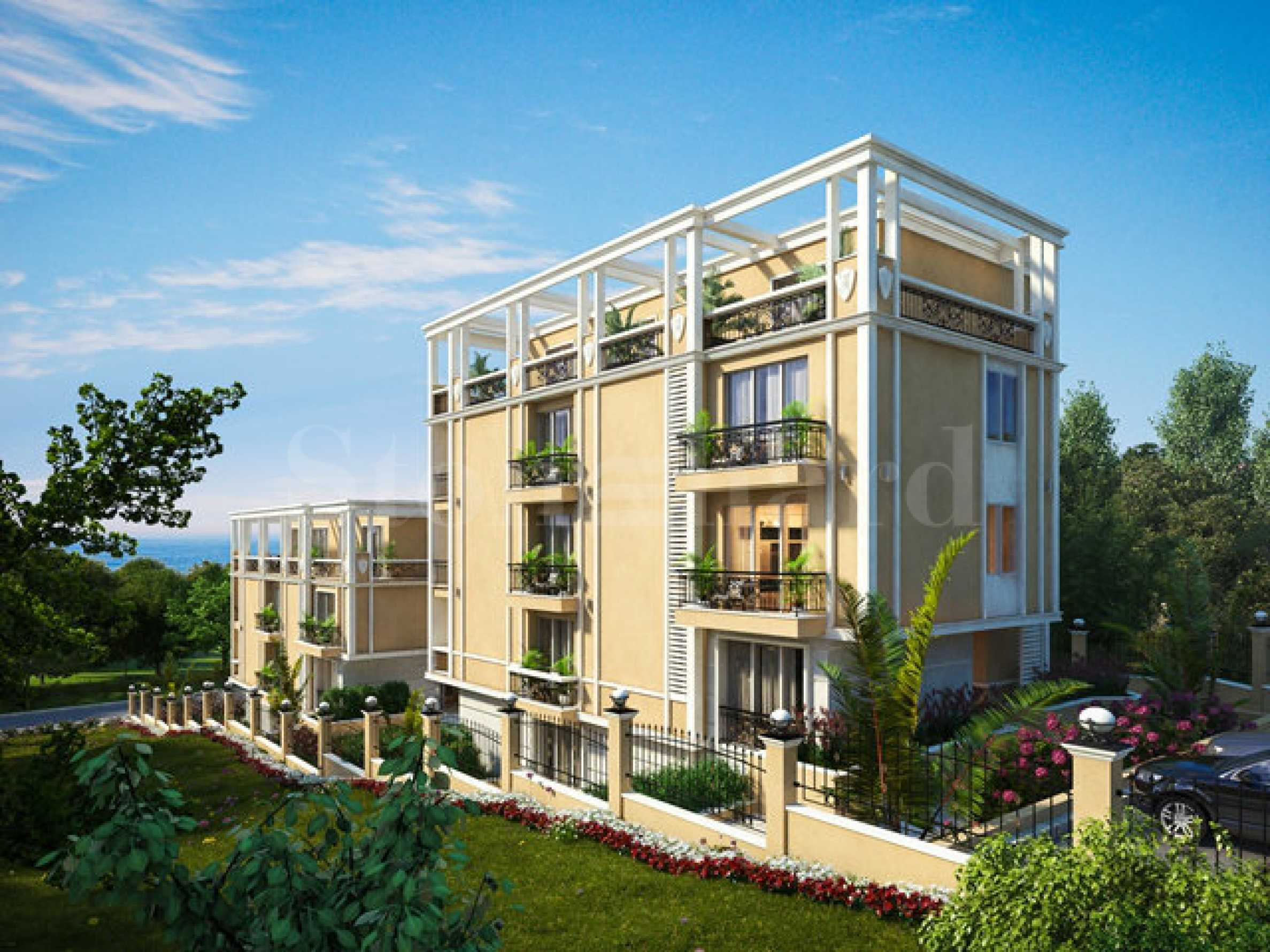 Прекрасна сграда с апартаменти в непосредствена близост до плажа1 - Stonehard