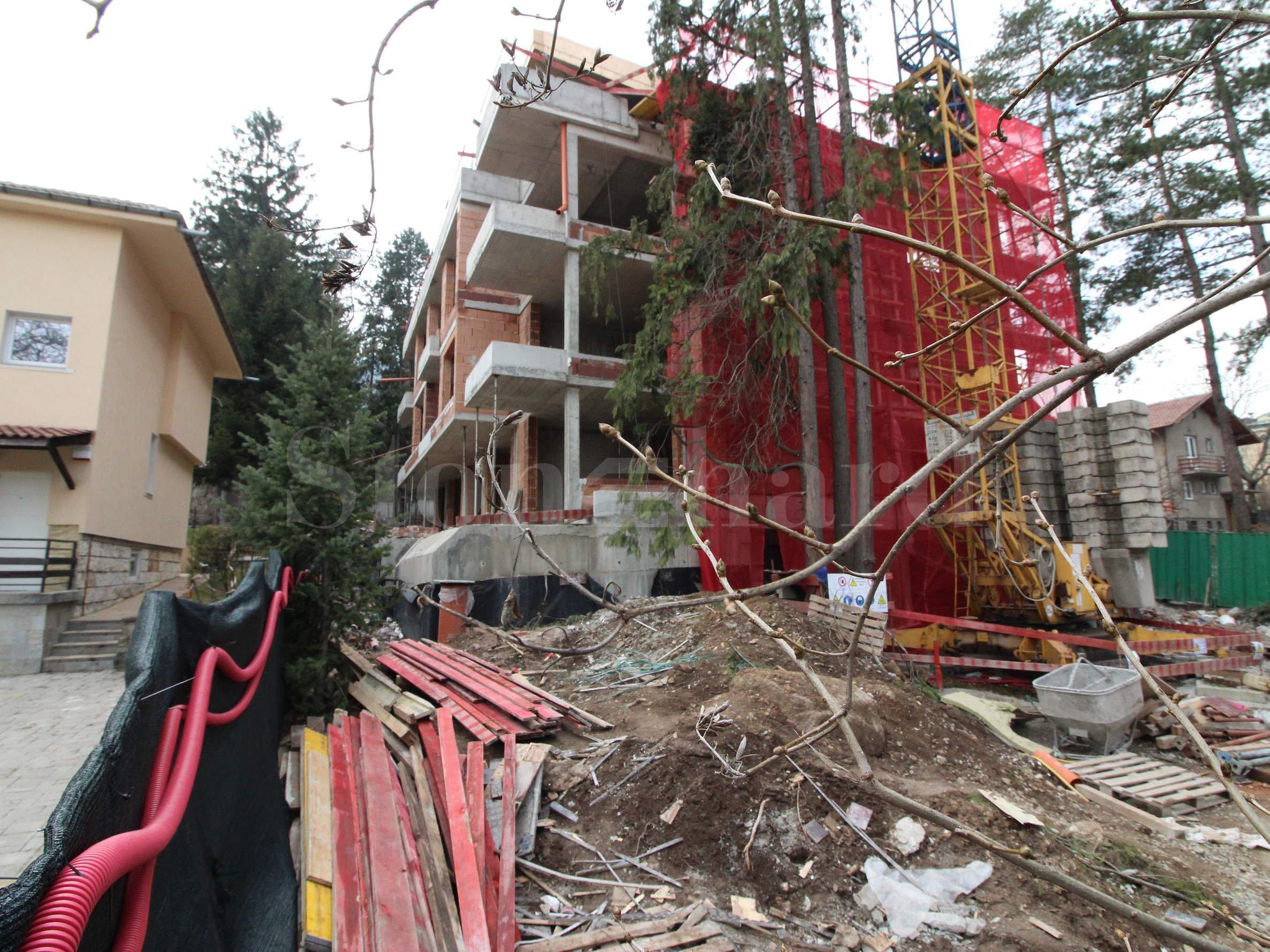 Pine View - нова жилищна сграда с луксозни апартаменти в квартал